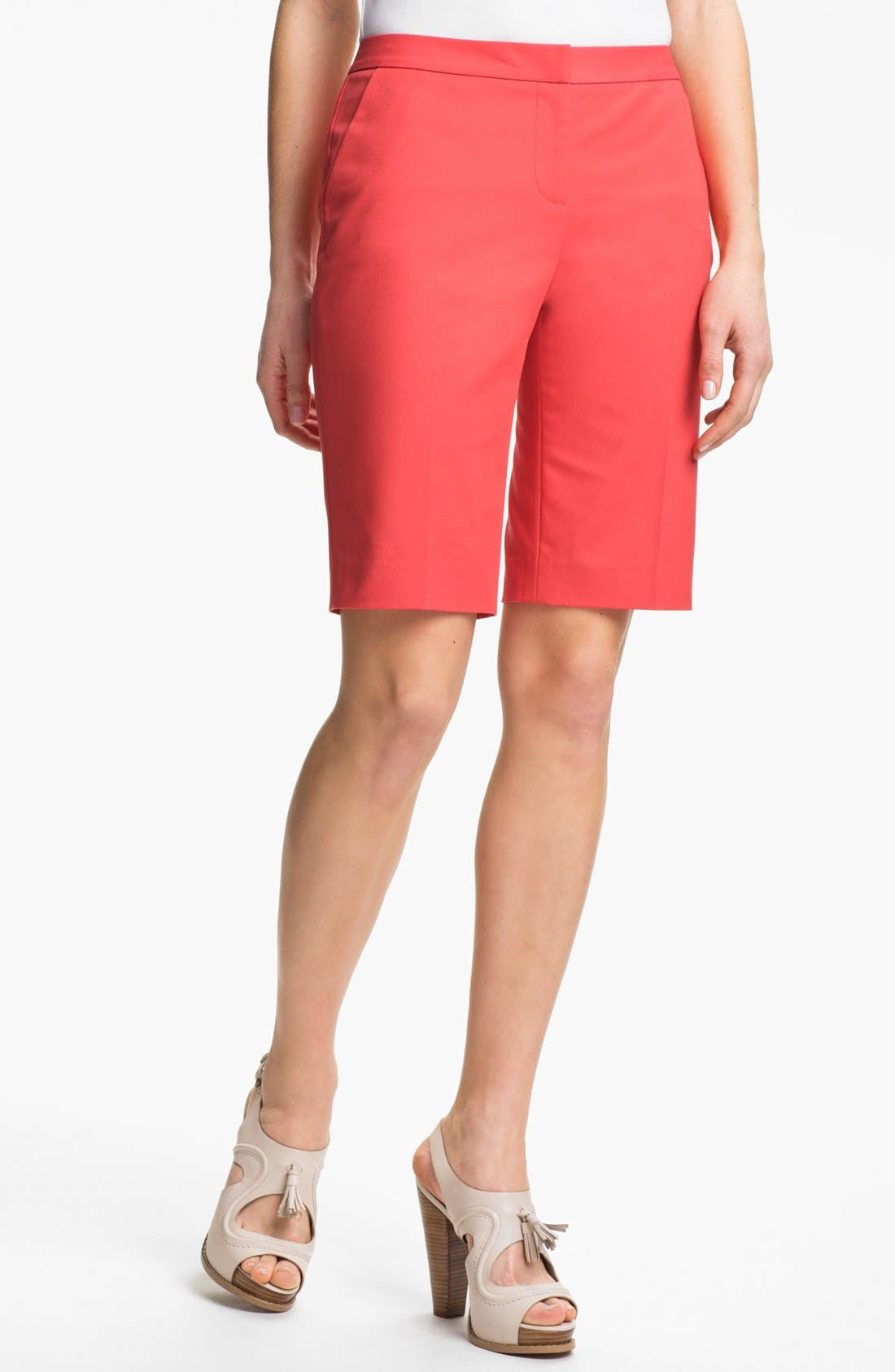 Alternate Image 1 Selected - Halogen® 'Taylor' Curvy Fit Bermuda Shorts (Petite)