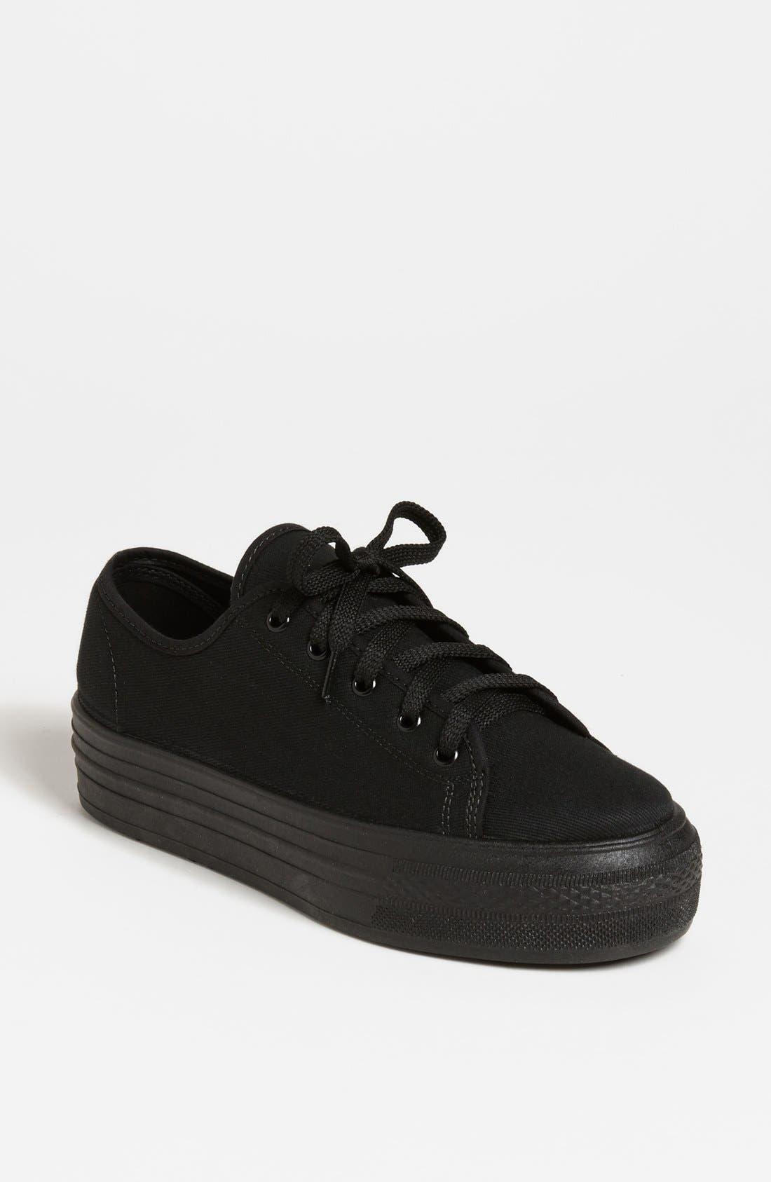 Alternate Image 1 Selected - Topshop 'Heavy' Sneaker