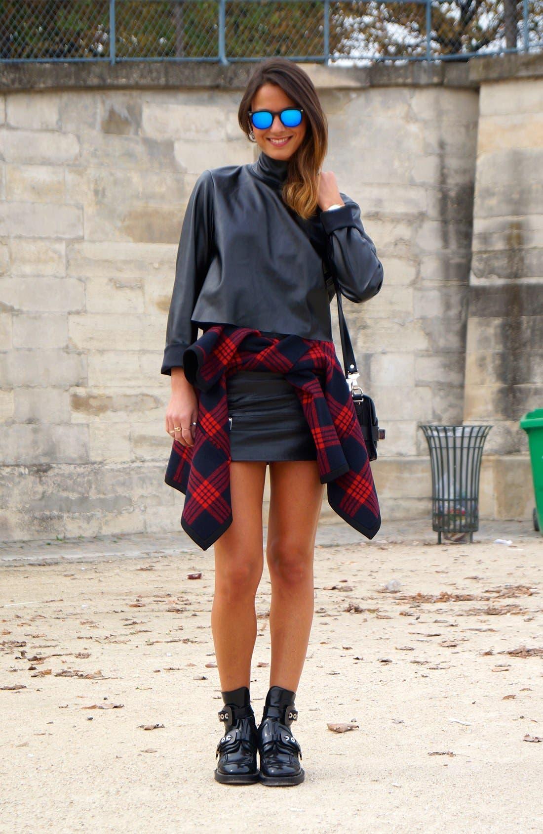 Main Image - The Leather Mini Street Style Look