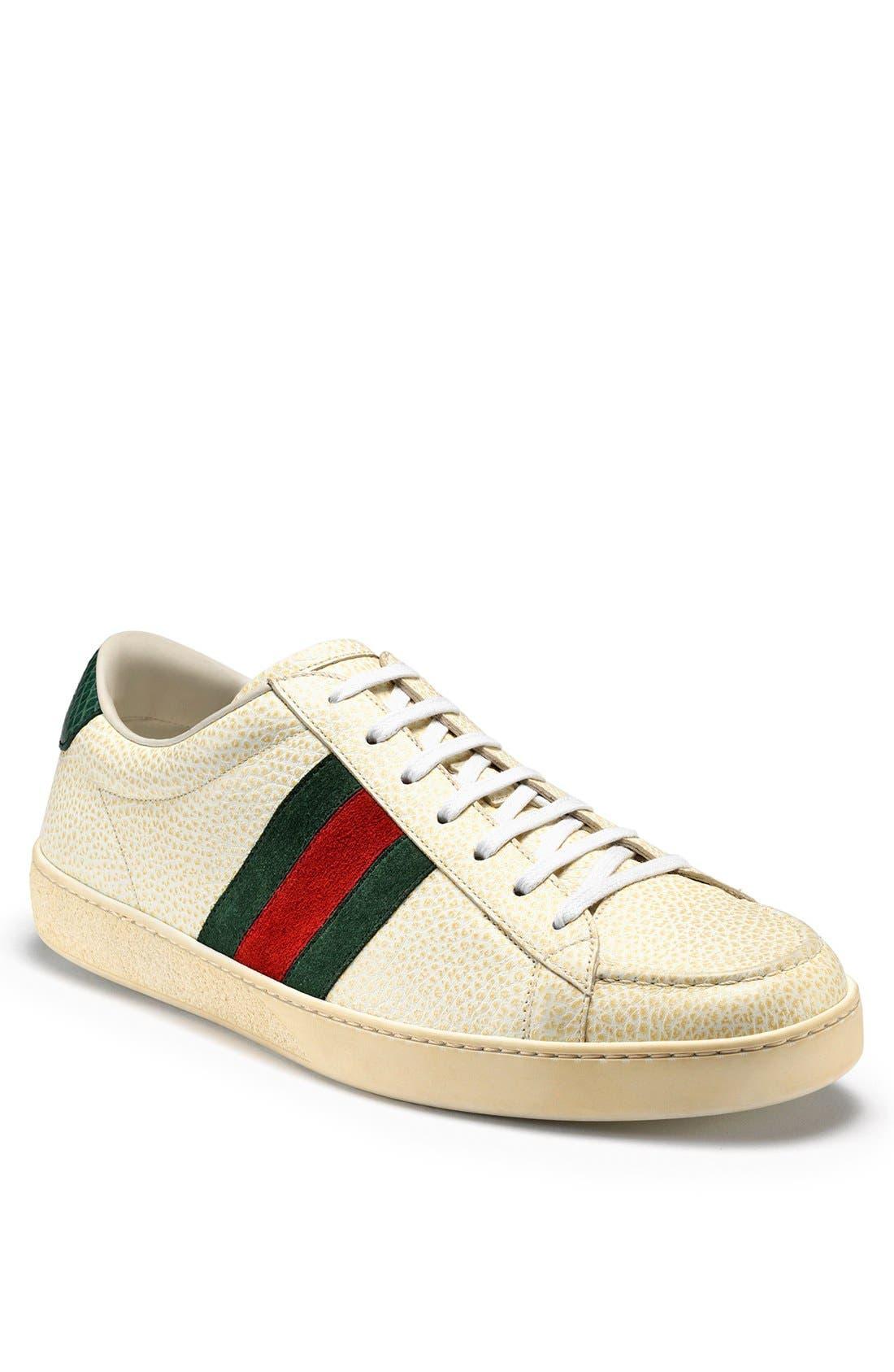 Alternate Image 1 Selected - Gucci 'Orizon' Sneaker
