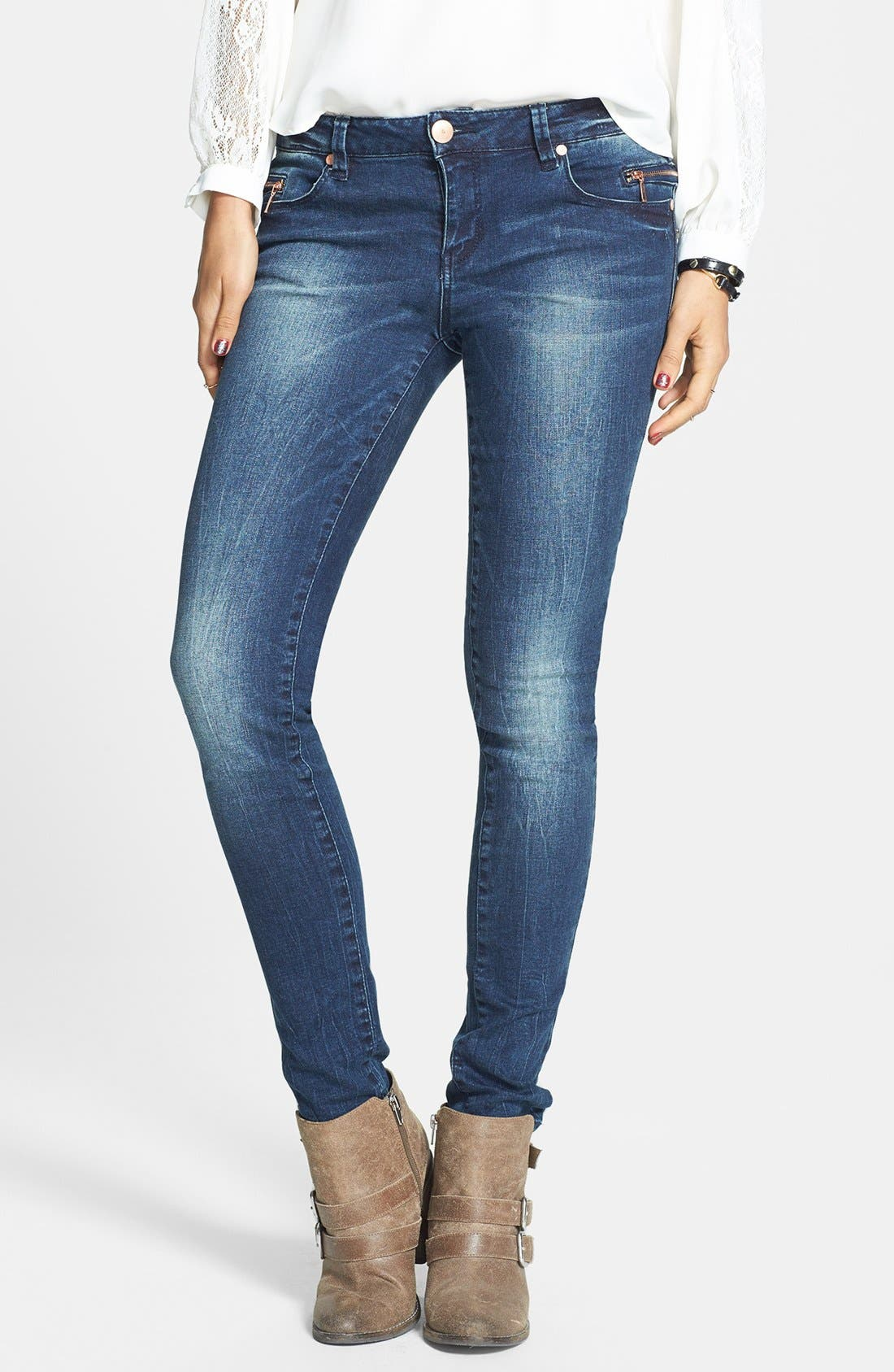 Alternate Image 1 Selected - Fire Zipper Detail Skinny Jeans (Dark) (Juniors)
