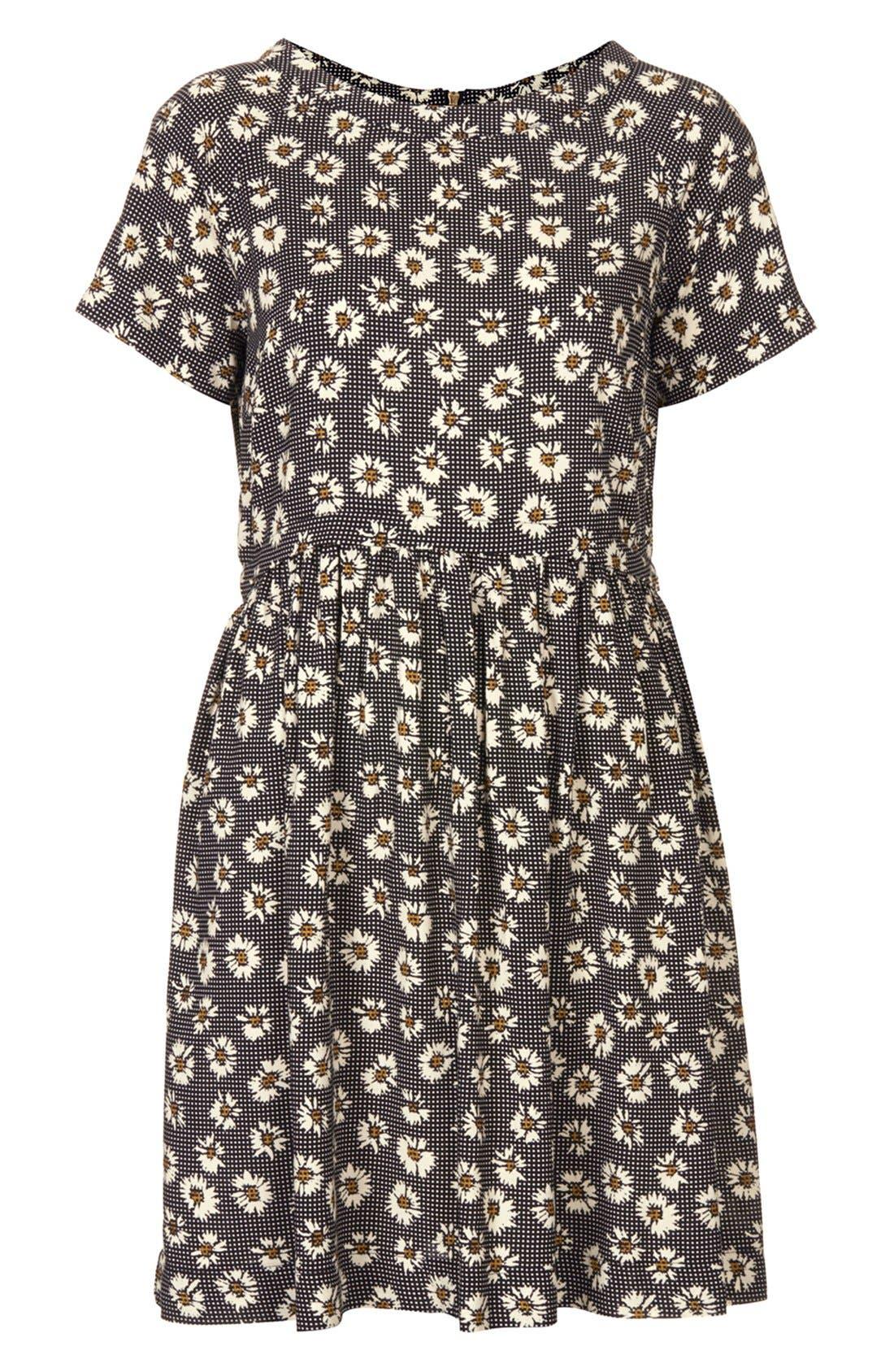 Alternate Image 3  - Topshop Daisy Pattern Flared Dress