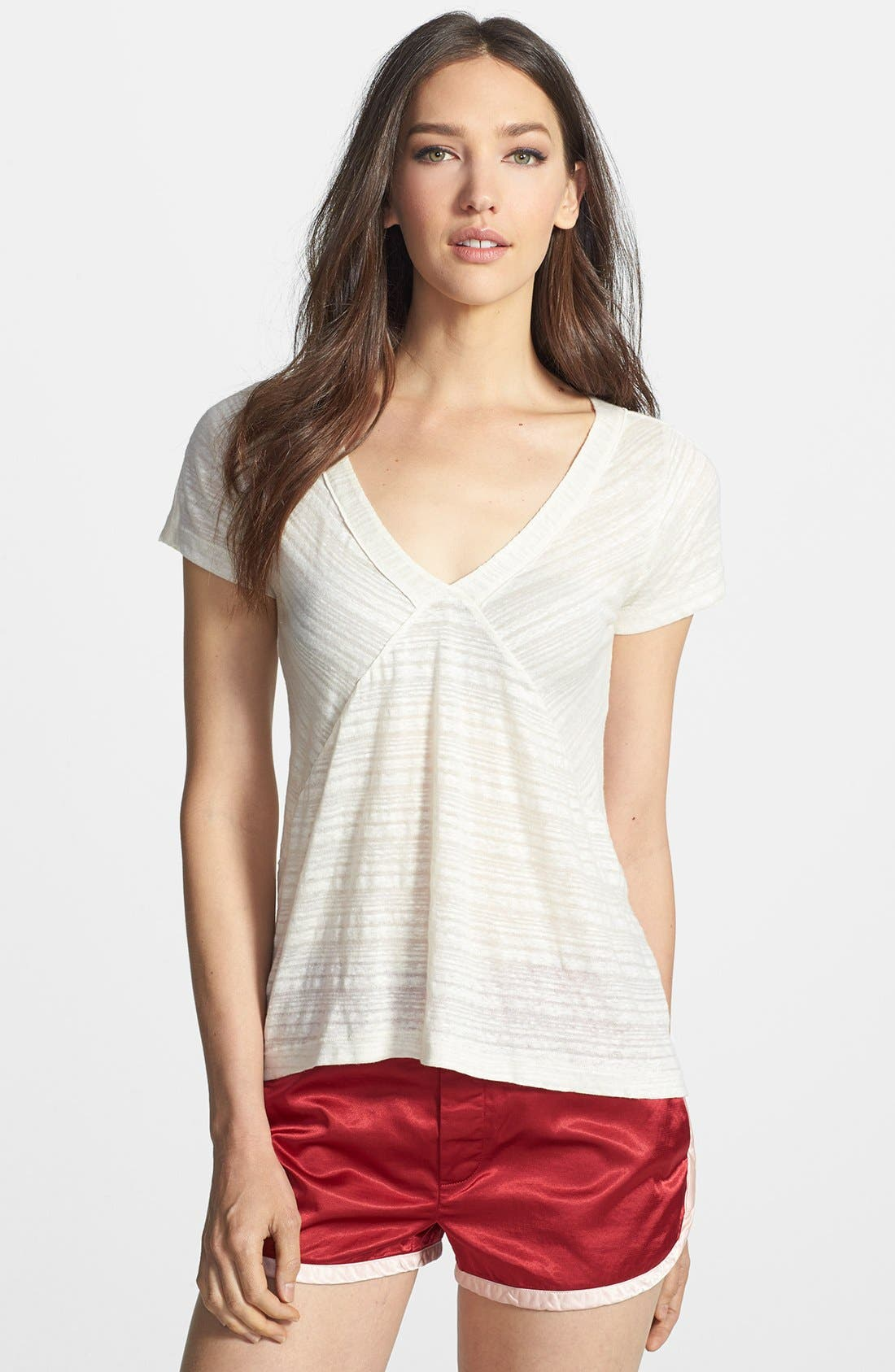Alternate Image 1 Selected - MARC BY MARC JACOBS 'Eloise' Linen Blend Tee