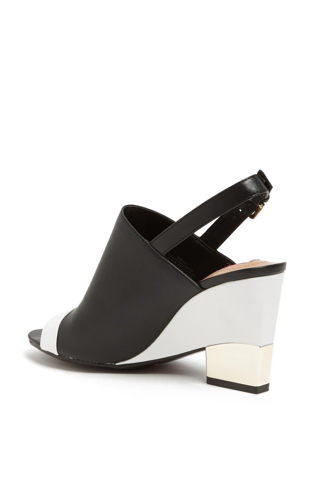 Alternate Image 2  - Isaac Mizrahi New York 'Bolt' Sandal (Online Only)