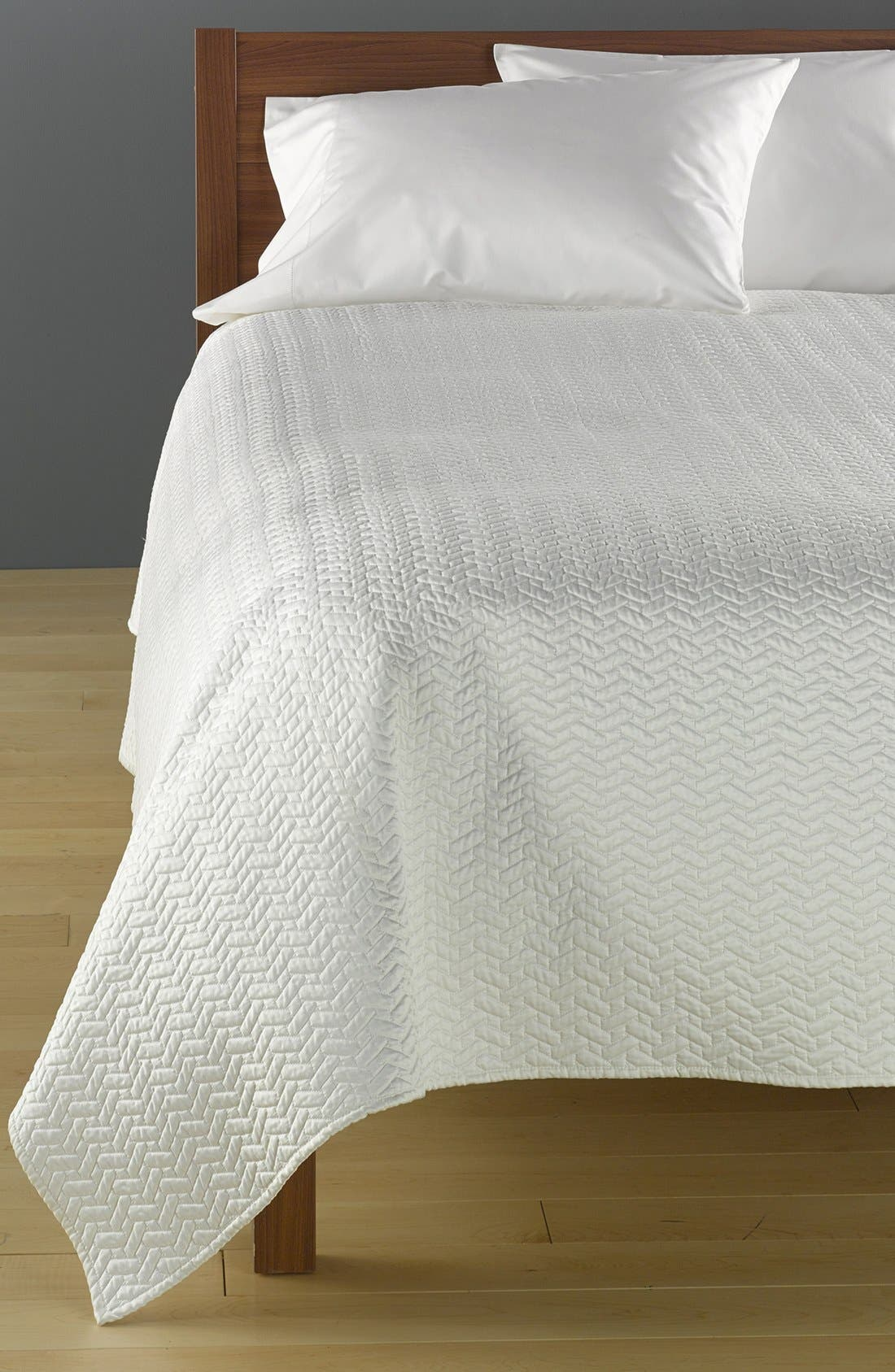Alternate Image 1 Selected - Dransfield and Ross House 'Vannerie' Coverlet
