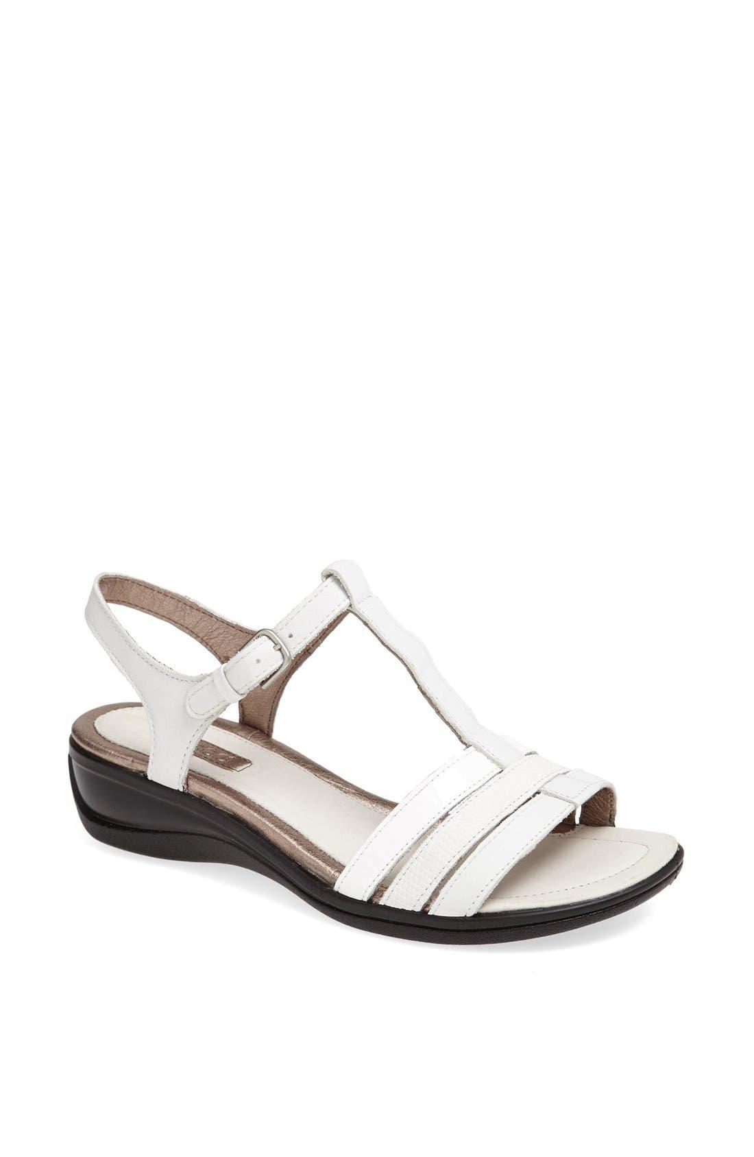 Alternate Image 1 Selected - ECCO 'Sensata' Sandal