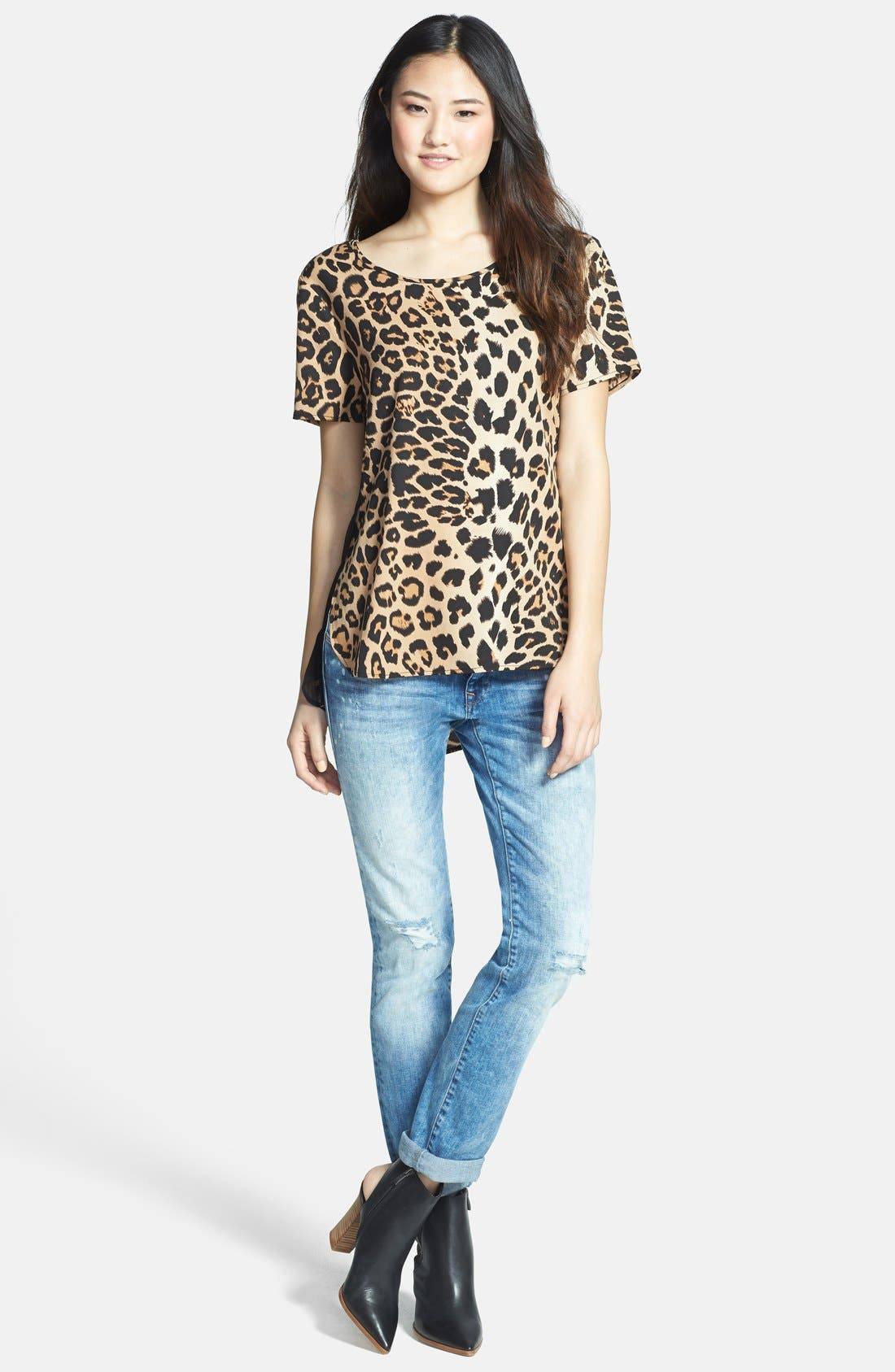 Alternate Image 4  - RD Style Leopard Print Woven Shirttail Tee