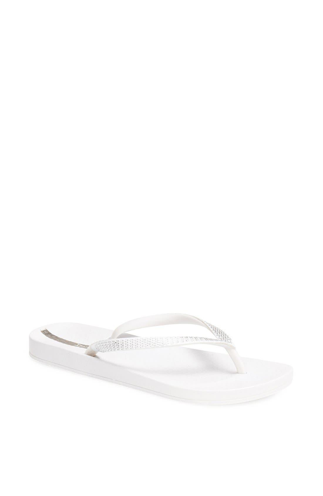 Main Image - Ipanema 'Ana' Flip Flop