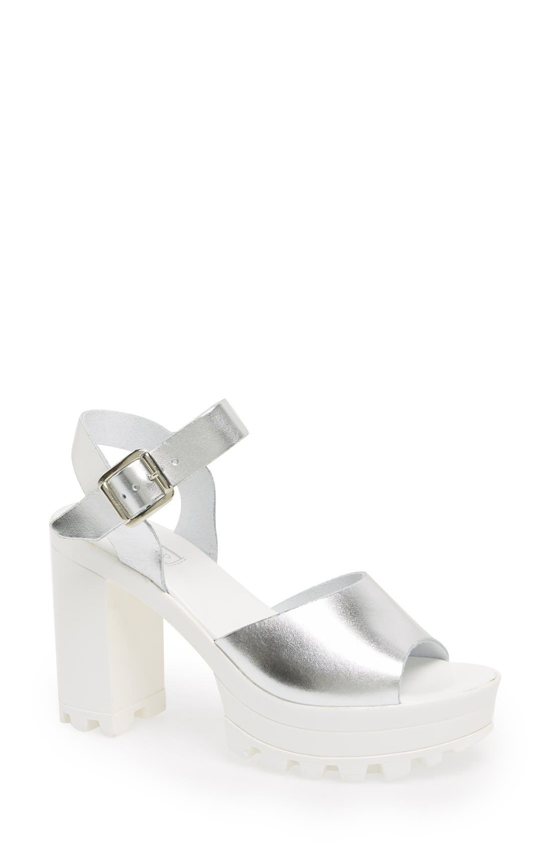 Alternate Image 1 Selected - Topshop 'Lena' Chunky Sole Platform Sandal (Women)