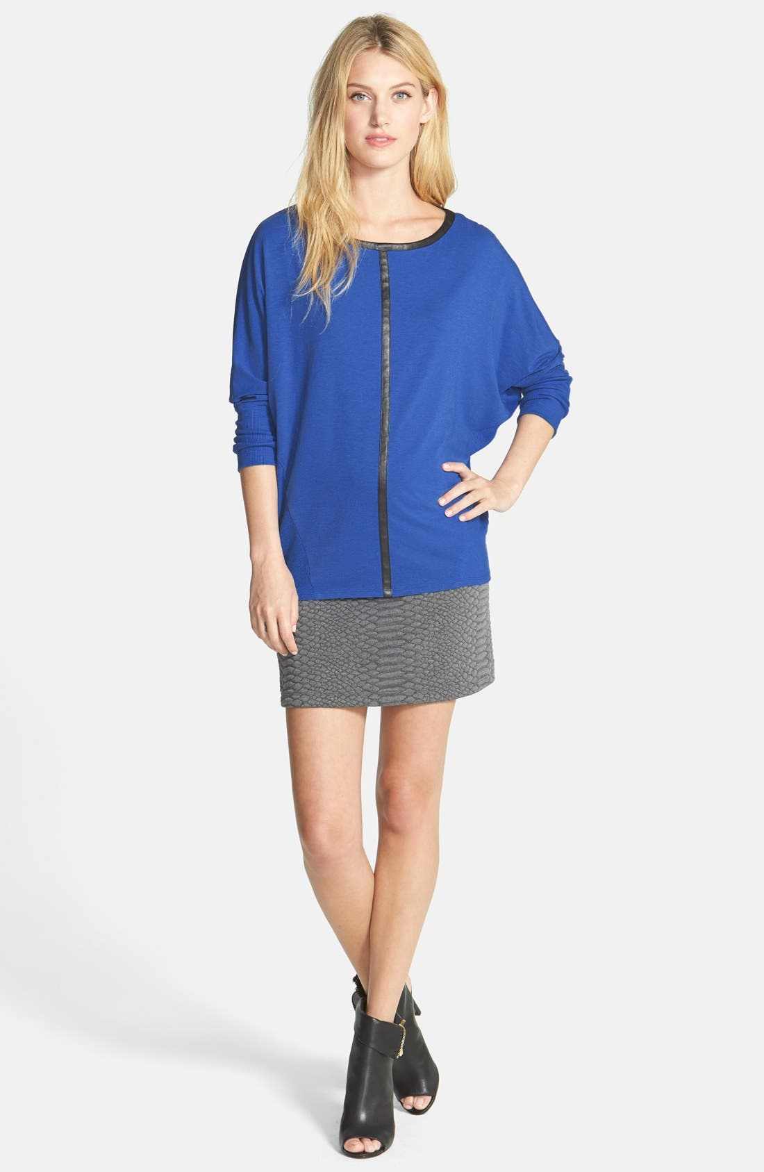 Alternate Image 4  - Two by Vince Camuto 'Saturday' Faux Leather Trim Top
