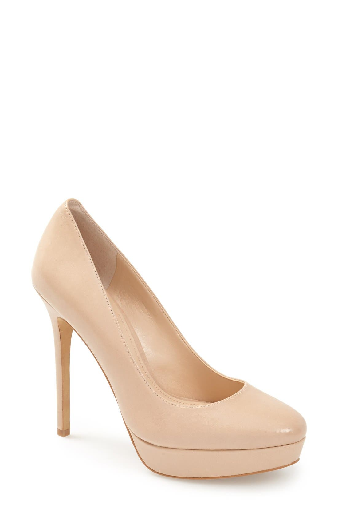 Alternate Image 1 Selected - Vince Camuto 'Niomi' Pump (Women)