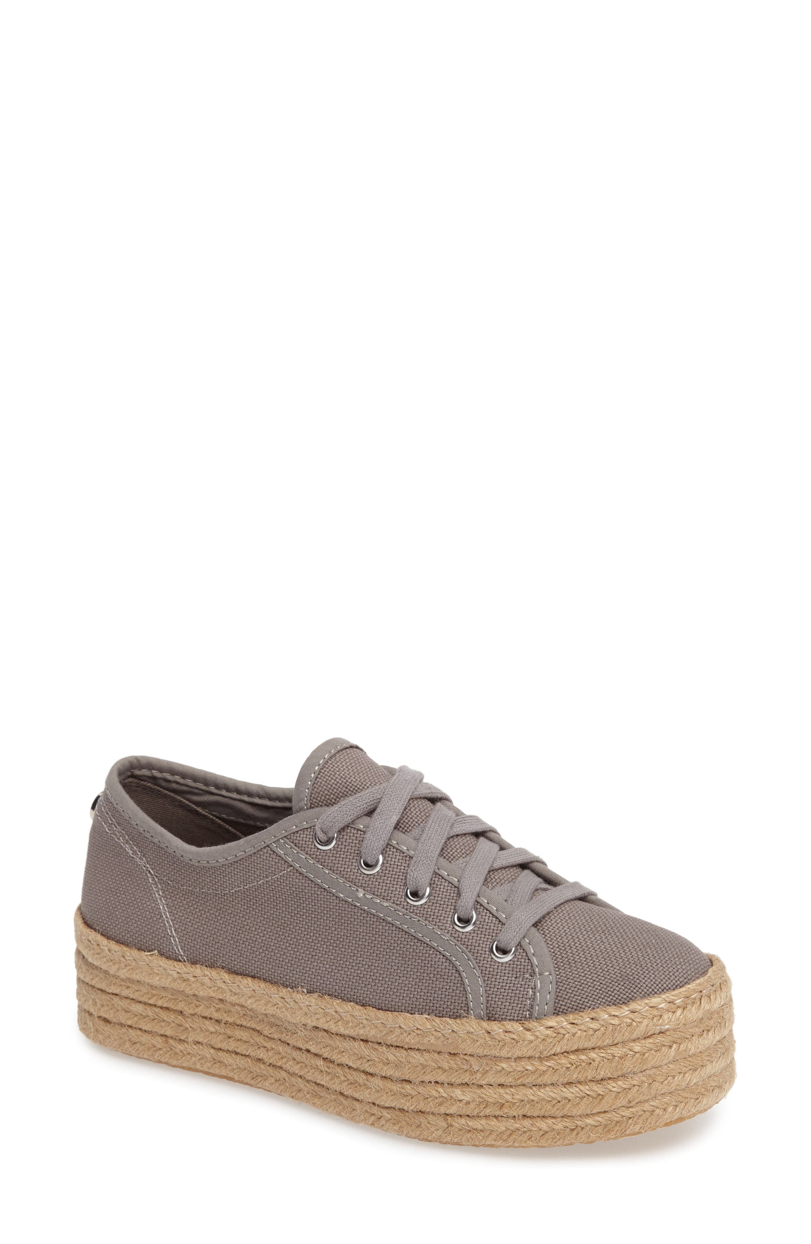 Alternate Image 1 Selected - Steve Madden Hampton Platform Sneaker (Women)