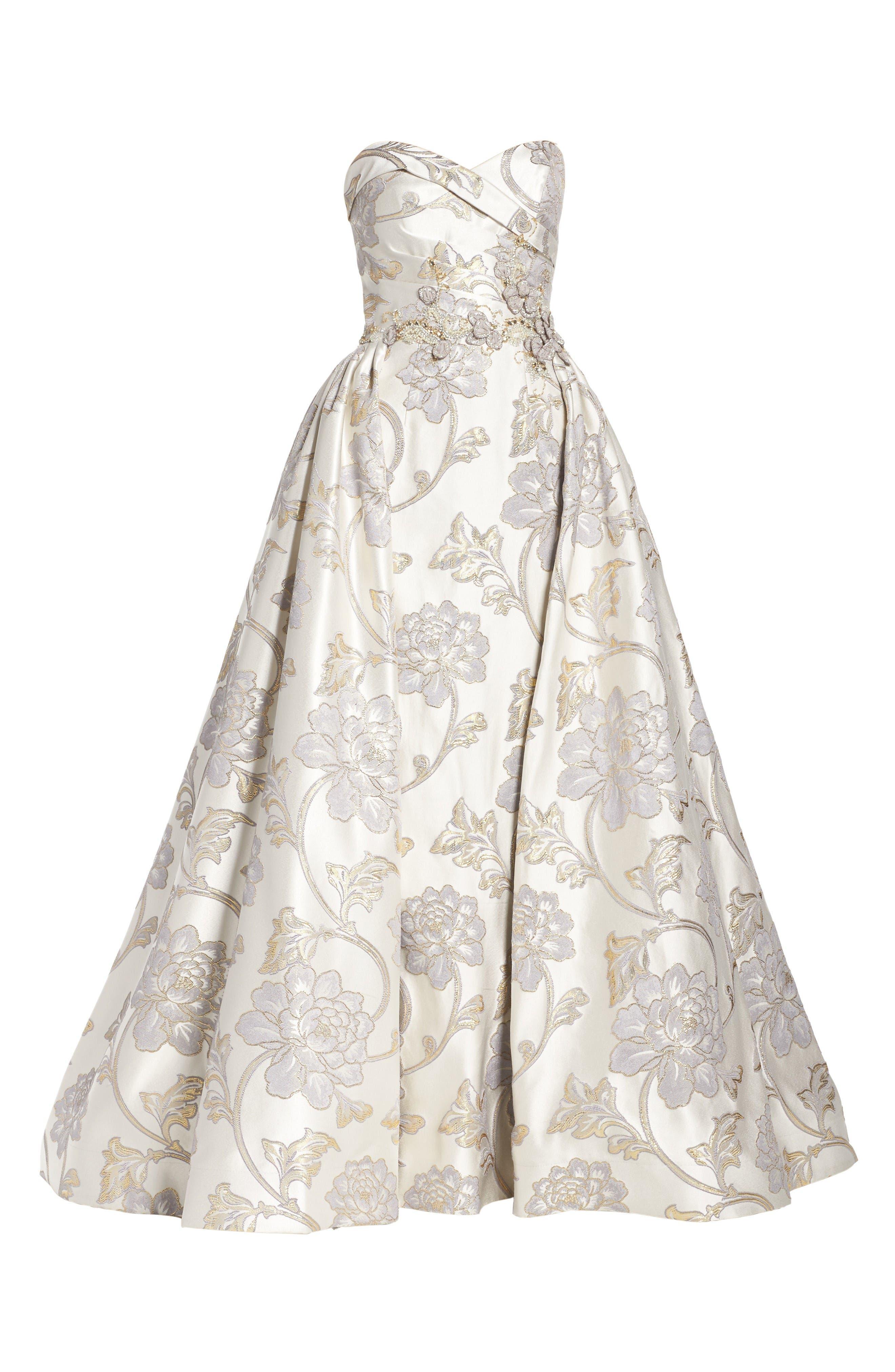 Alternate Image 6  - Mac Duggal Metallic Brocade Gown