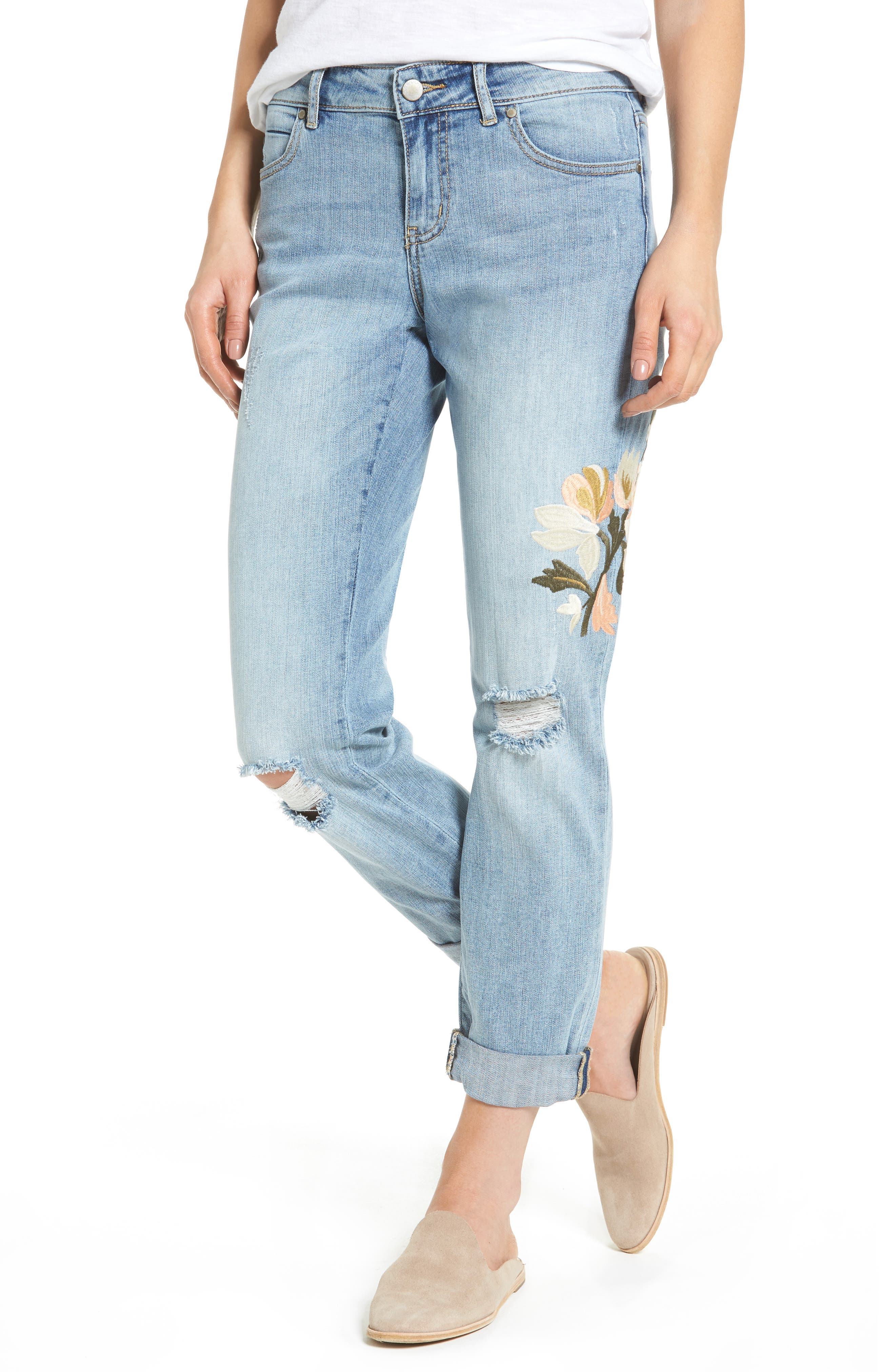 Main Image - Caslon® Ripped & Floral Embroidered Straight Leg Jeans (Regular & Petite)