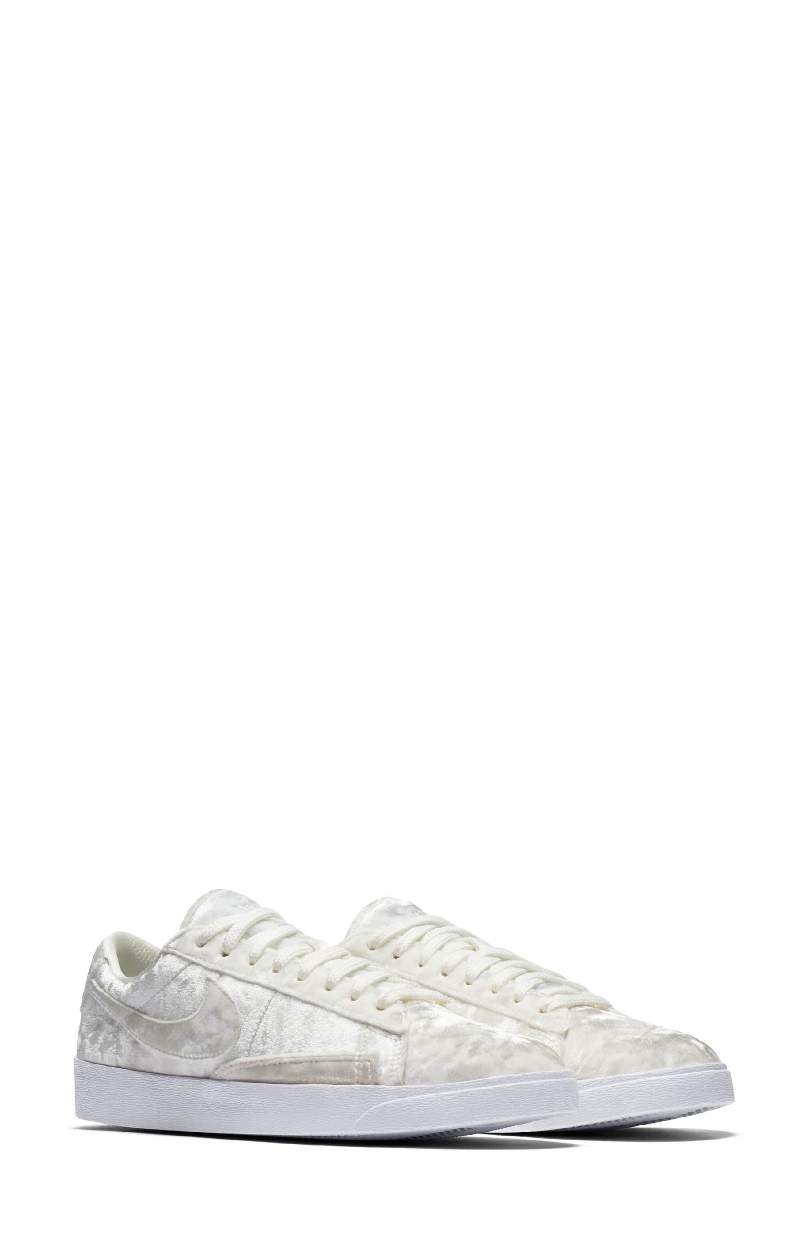 Nike Blazer Low X Sneaker (Women)