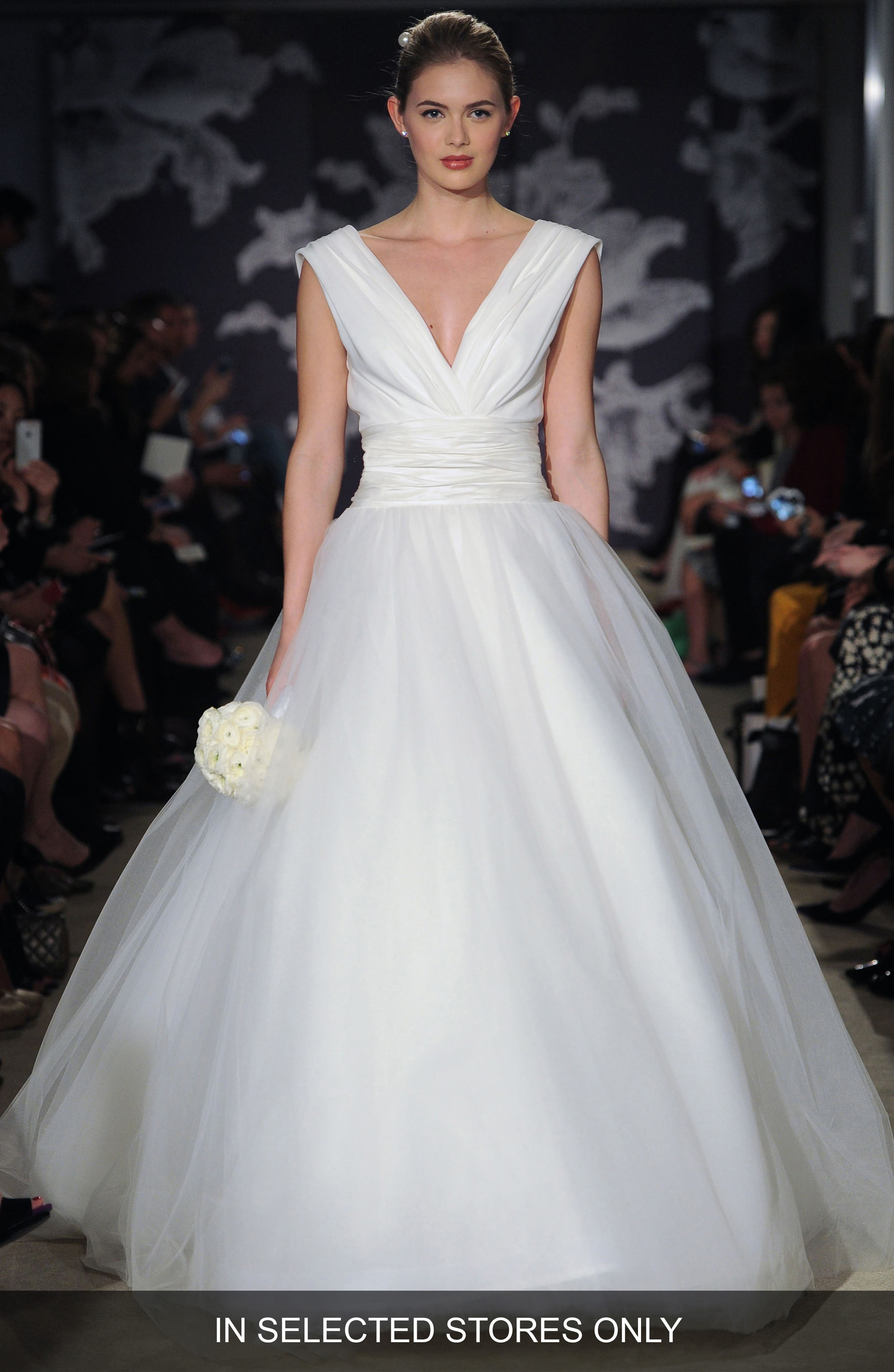 Carolina Herrera 'Chloe' V-Neck Georgette & Tulle Ballgown (In Stores Only)