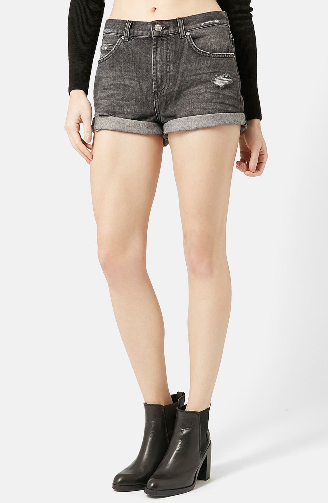 Main Image - Topshop Moto 'Rosa' Cuffed Denim Shorts