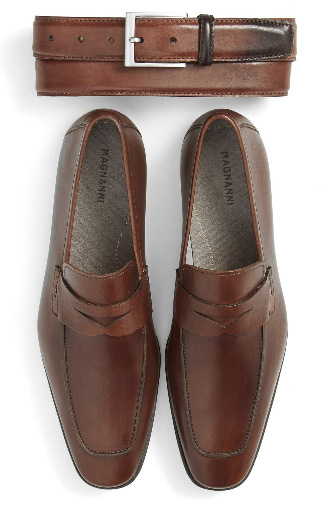 Alternate Image 2  - Magnanni 'Ramiro' Penny Loafer (Men)
