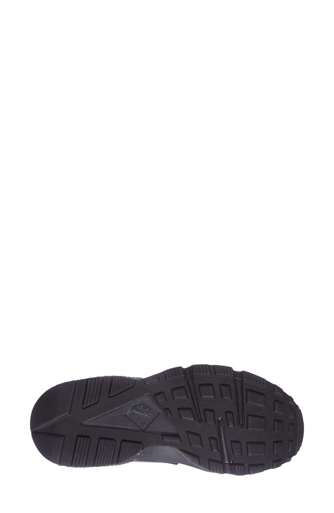 Alternate Image 4  - Nike 'Air Huarache' Sneaker (Women)