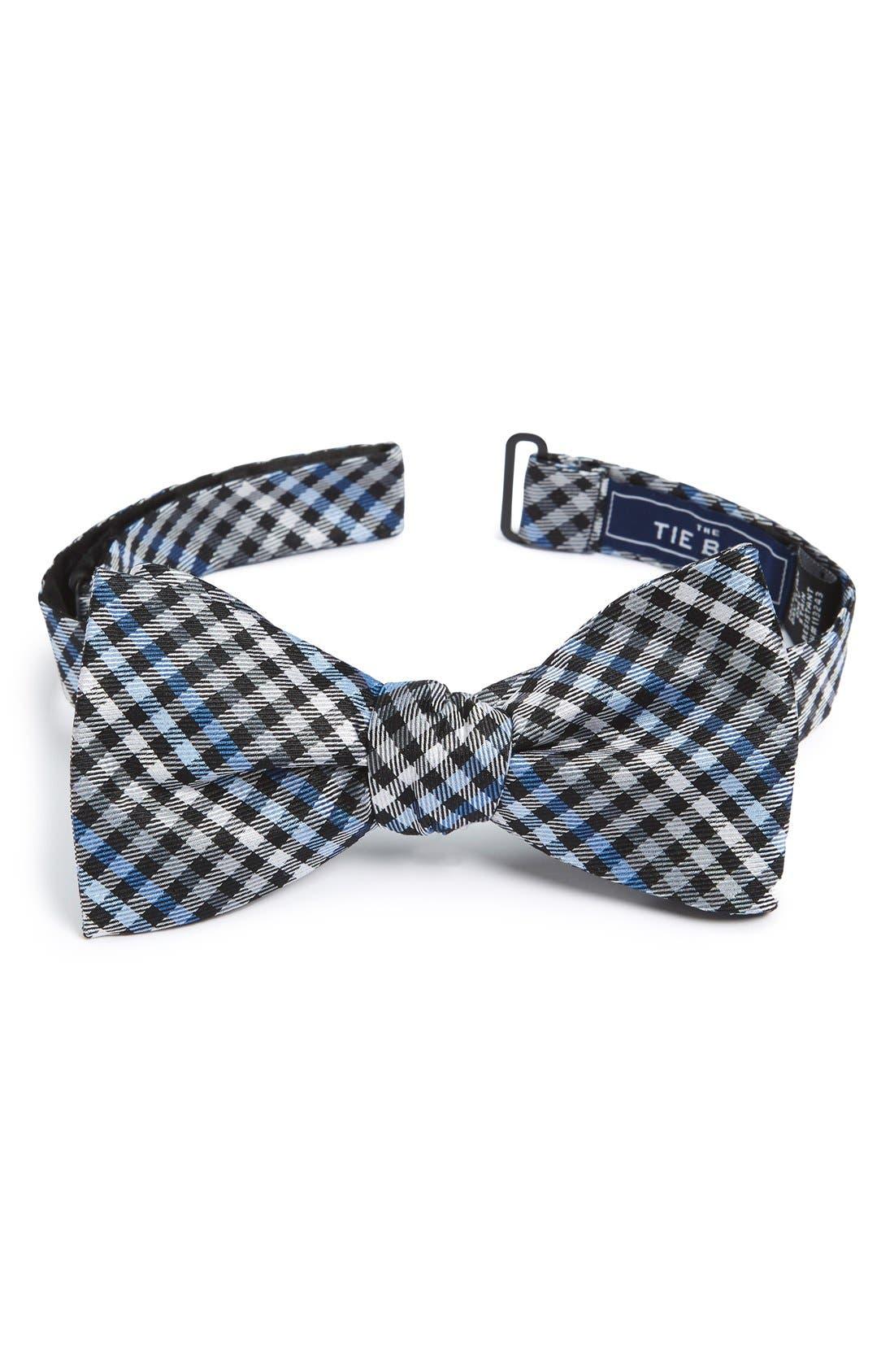 The Tie Bar Plaid Bow Tie
