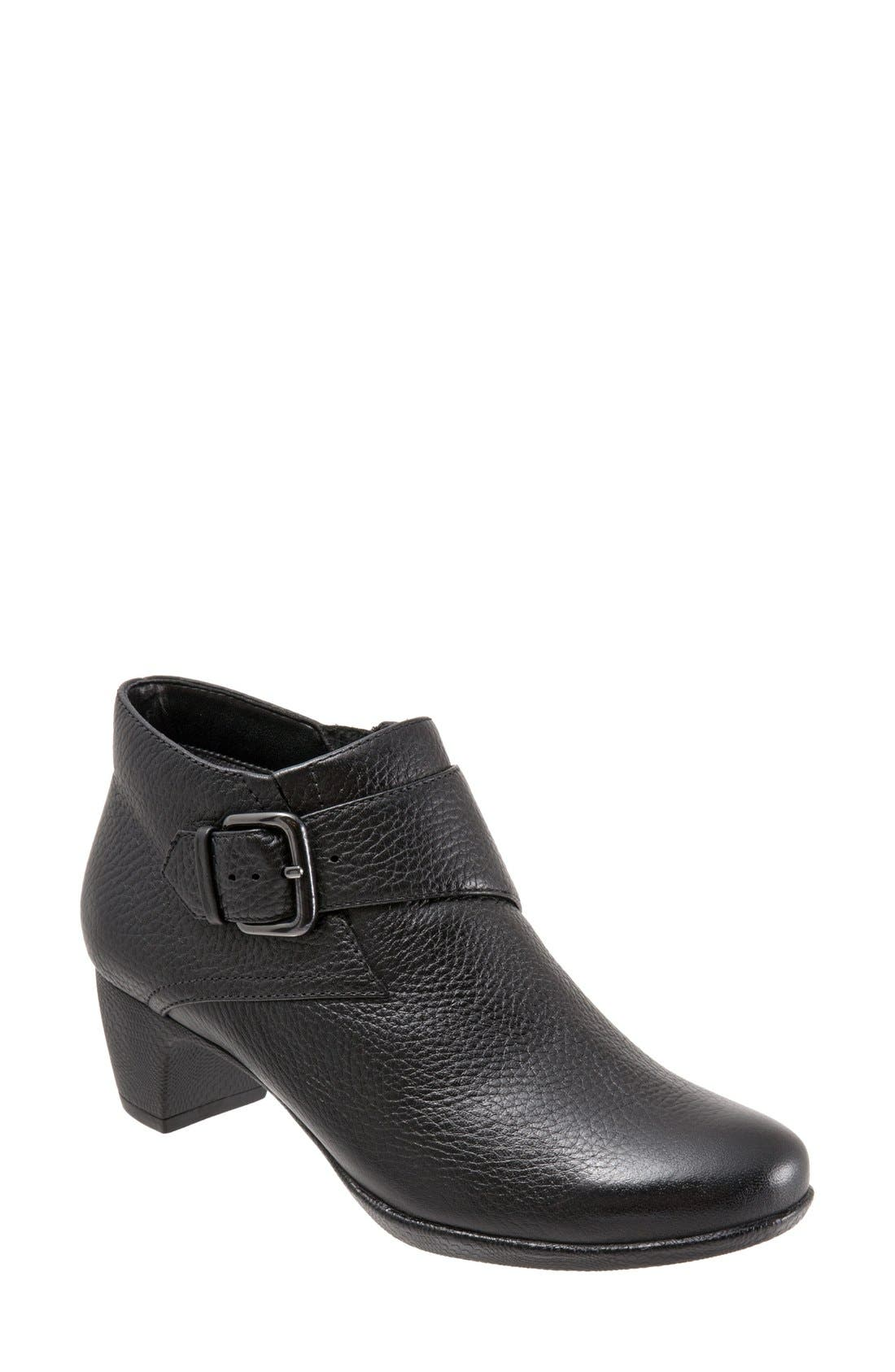 SoftWalk® 'Imlay' Bootie (Women)