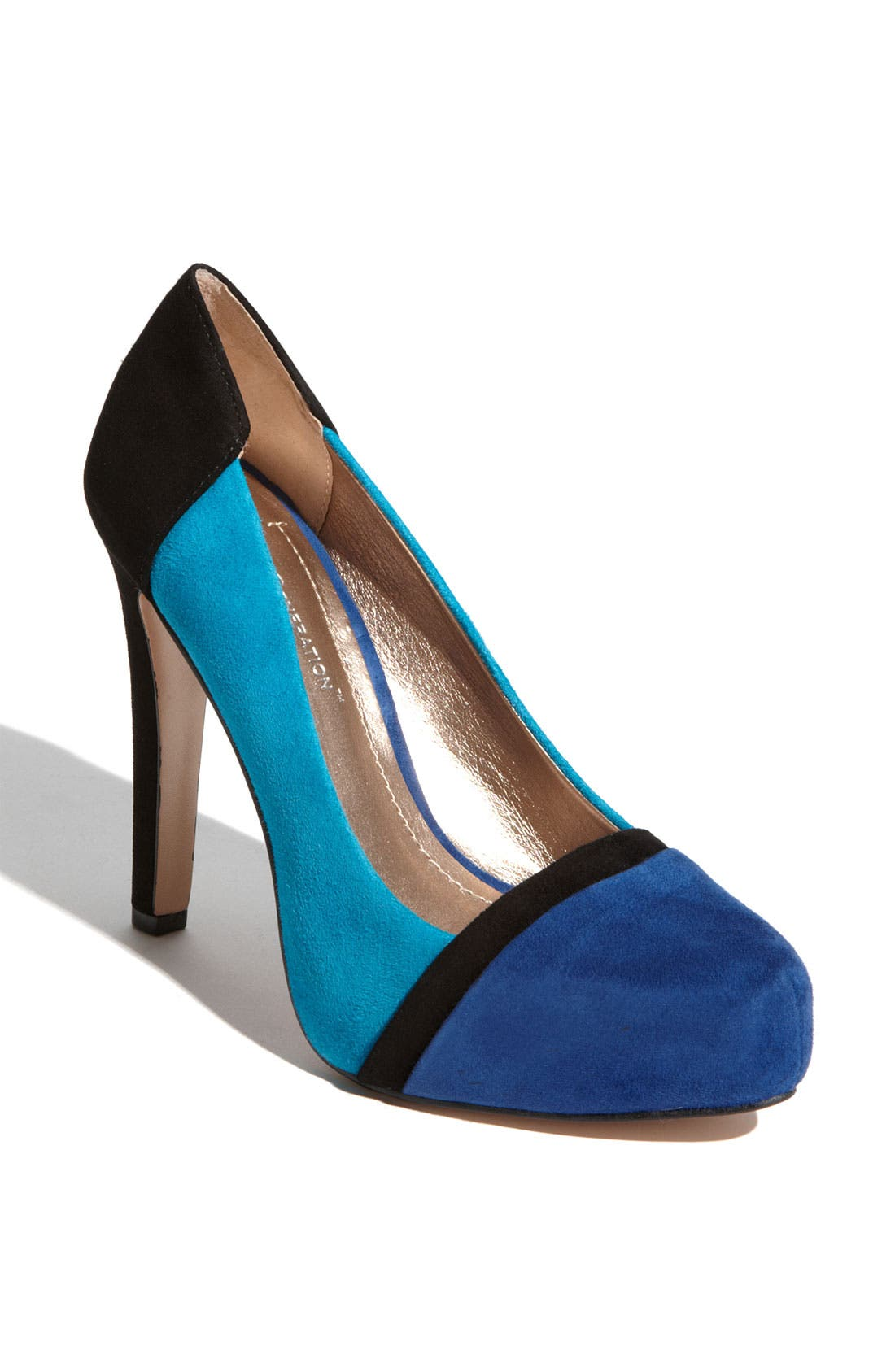 Alternate Image 1 Selected - BCBGeneration 'Perries' Pump