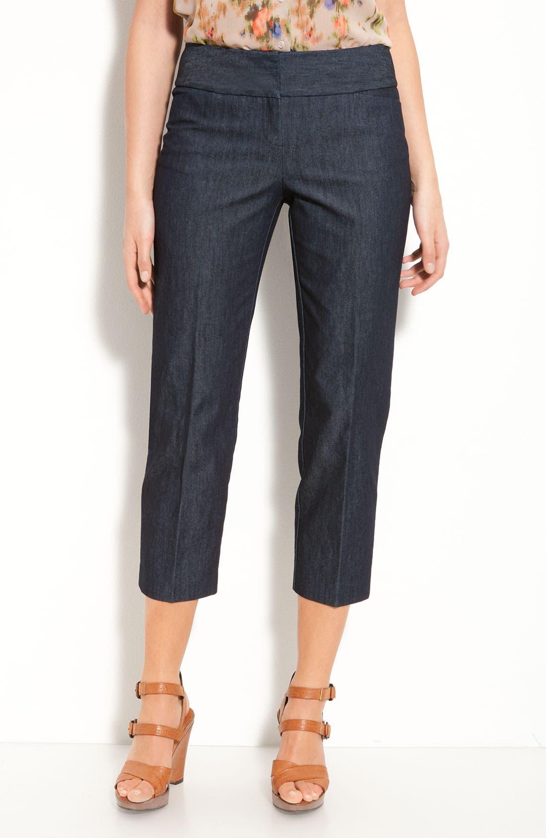 Alternate Image 1 Selected - Halogen® 'Taylor' Curvy Fit Stretch Denim Crop Pants
