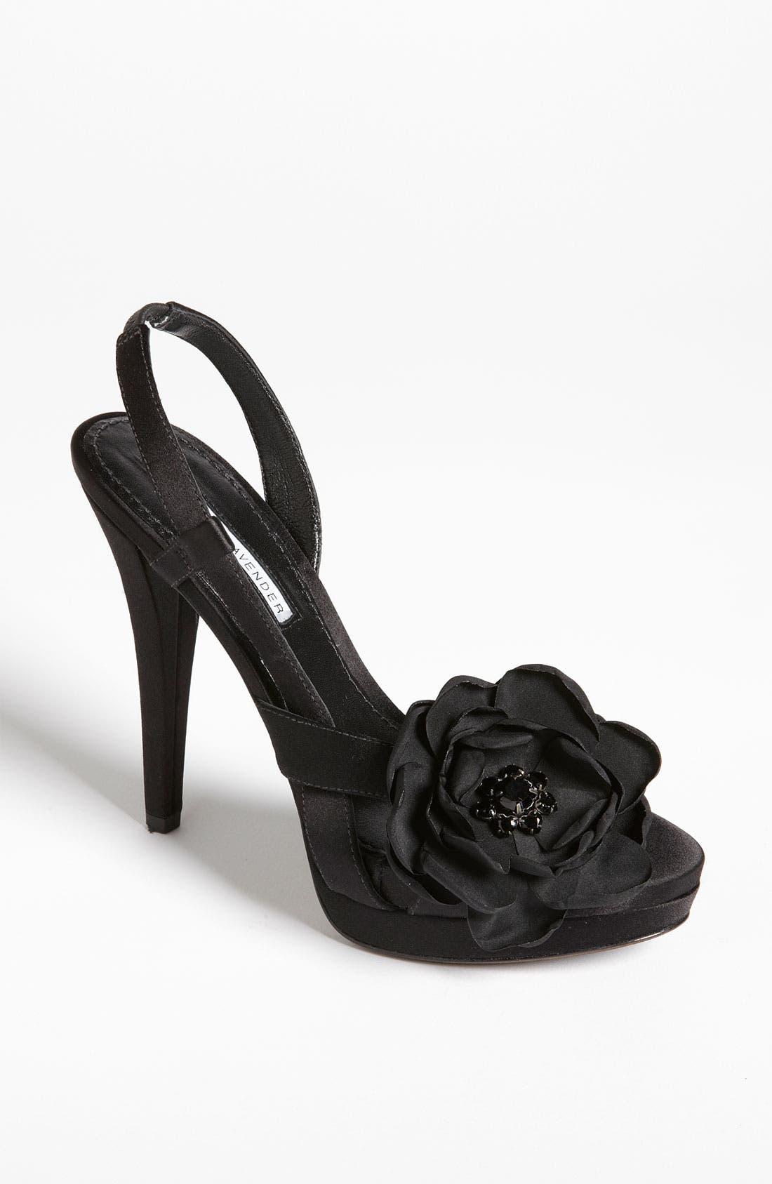 Alternate Image 1 Selected - Vera Wang Footwear 'Savy' Sandal