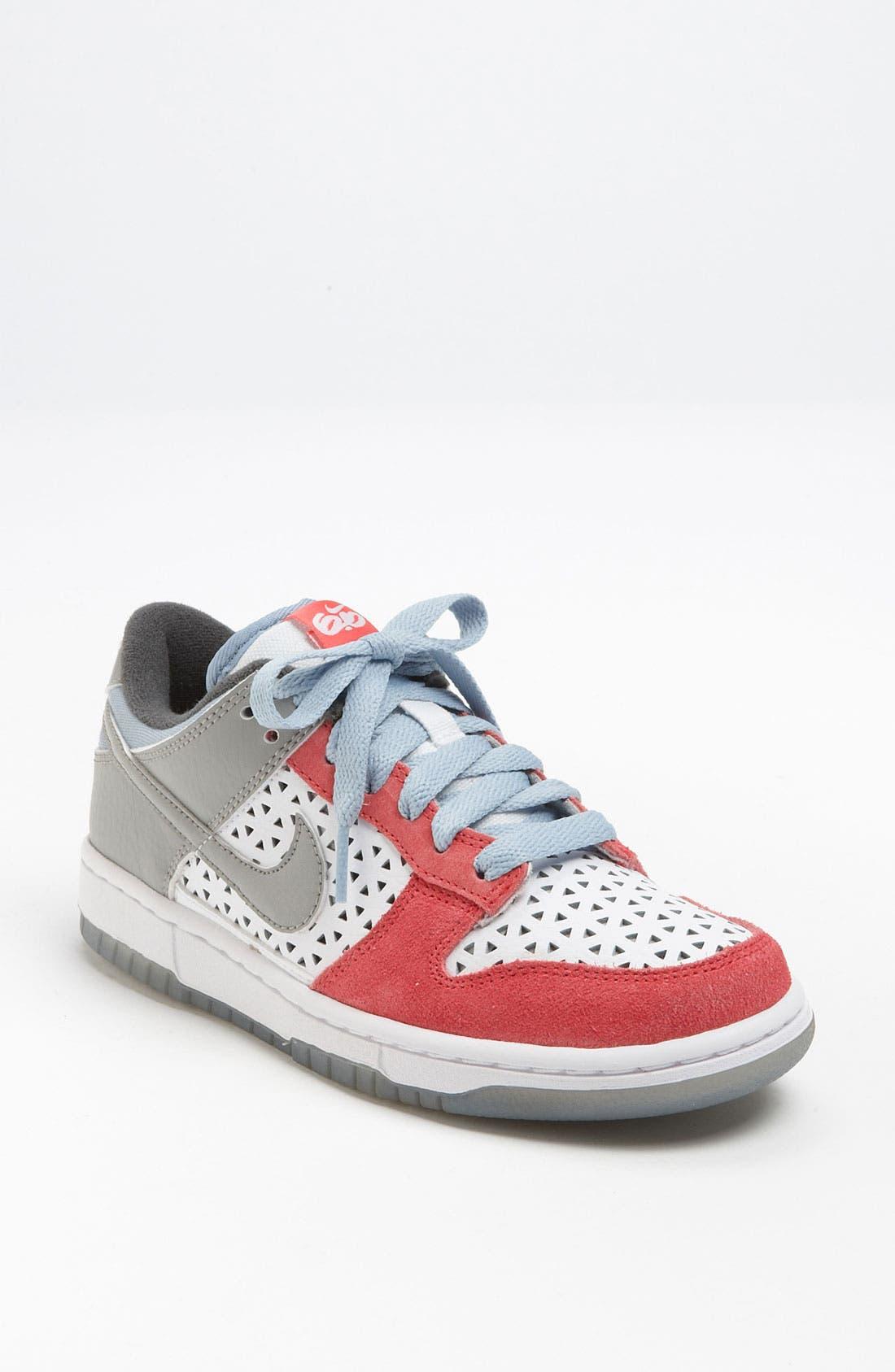 Alternate Image 1 Selected - Nike 'Dunk Low 6.0' Sneaker (Women) (Exclusive)