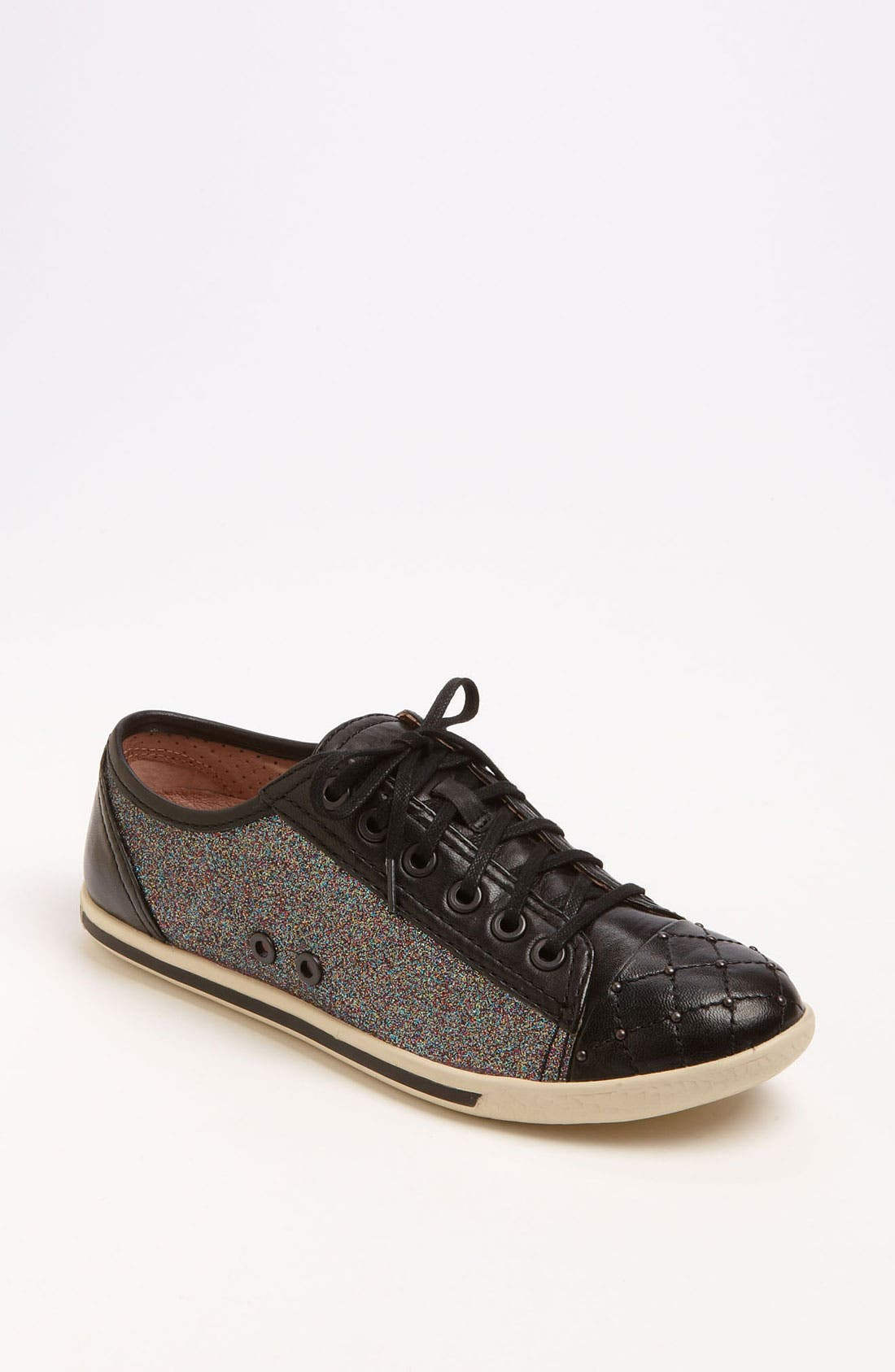 Alternate Image 1 Selected - Vince Camuto 'Willow' Sneaker