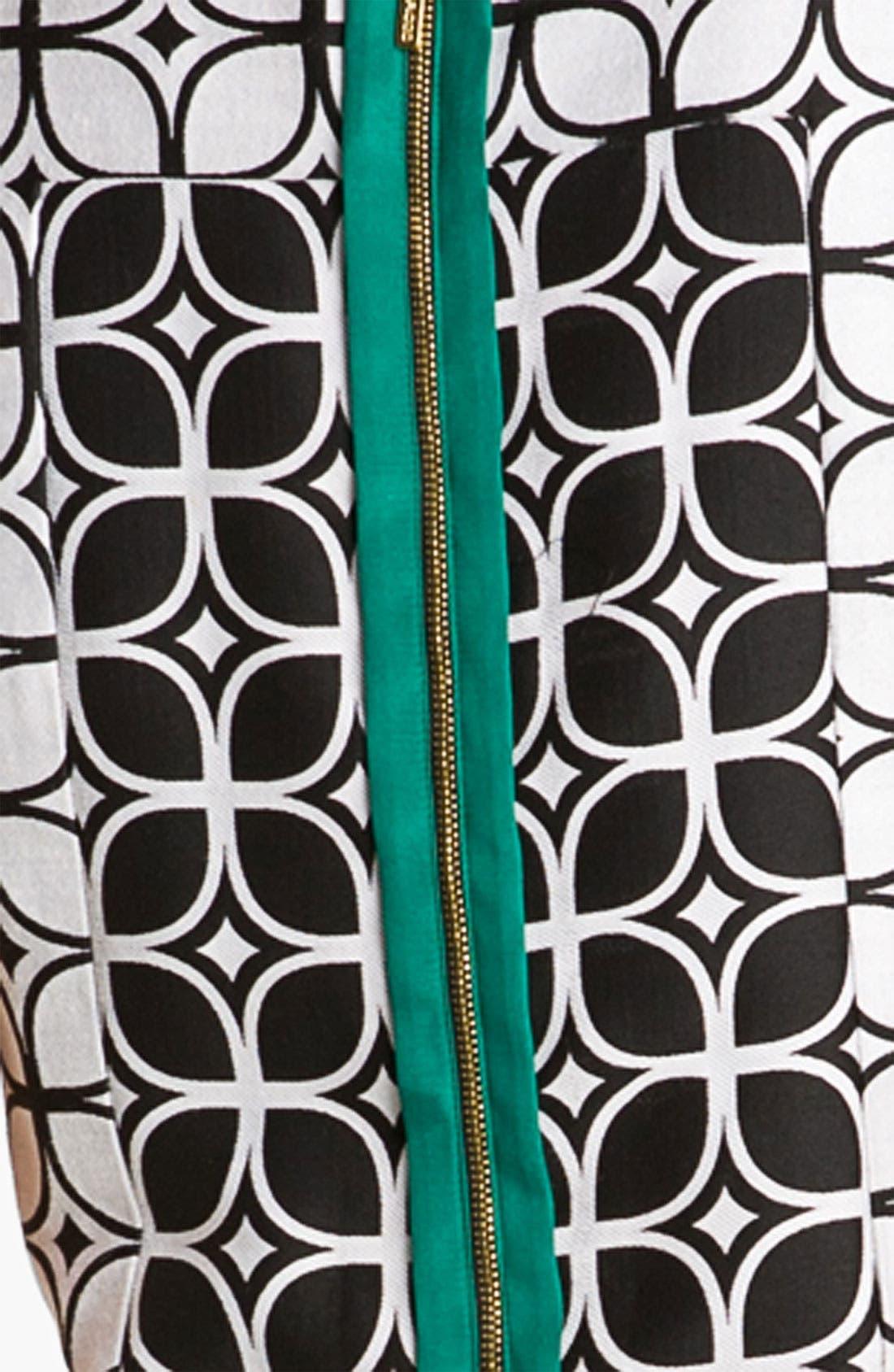 Alternate Image 3  - Donna Ricco Contrast Zip Jacquard Shift Dress (Petite)