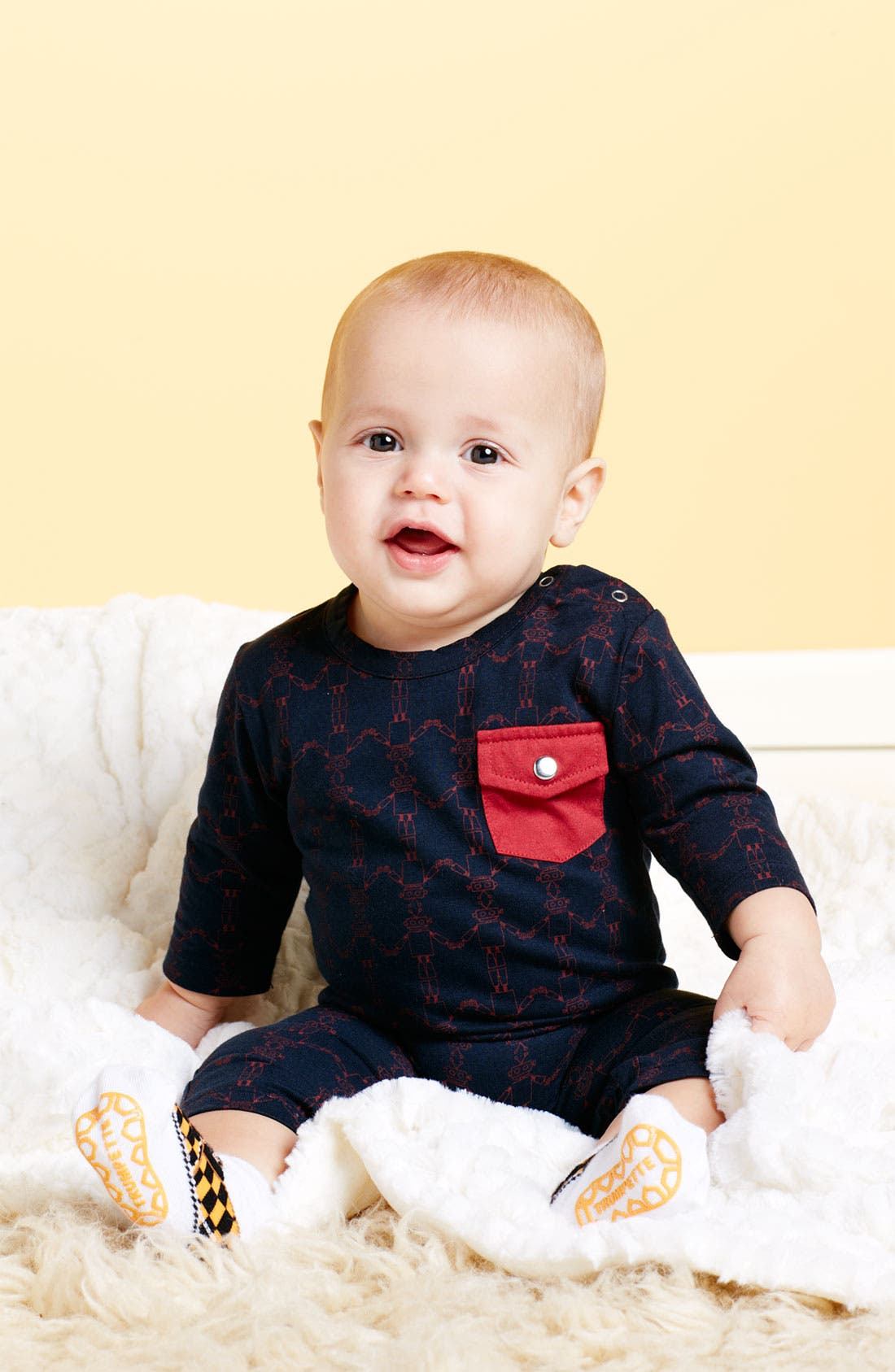 Alternate Image 2  - Kate Quinn Organics Pocket Romper (Infant)