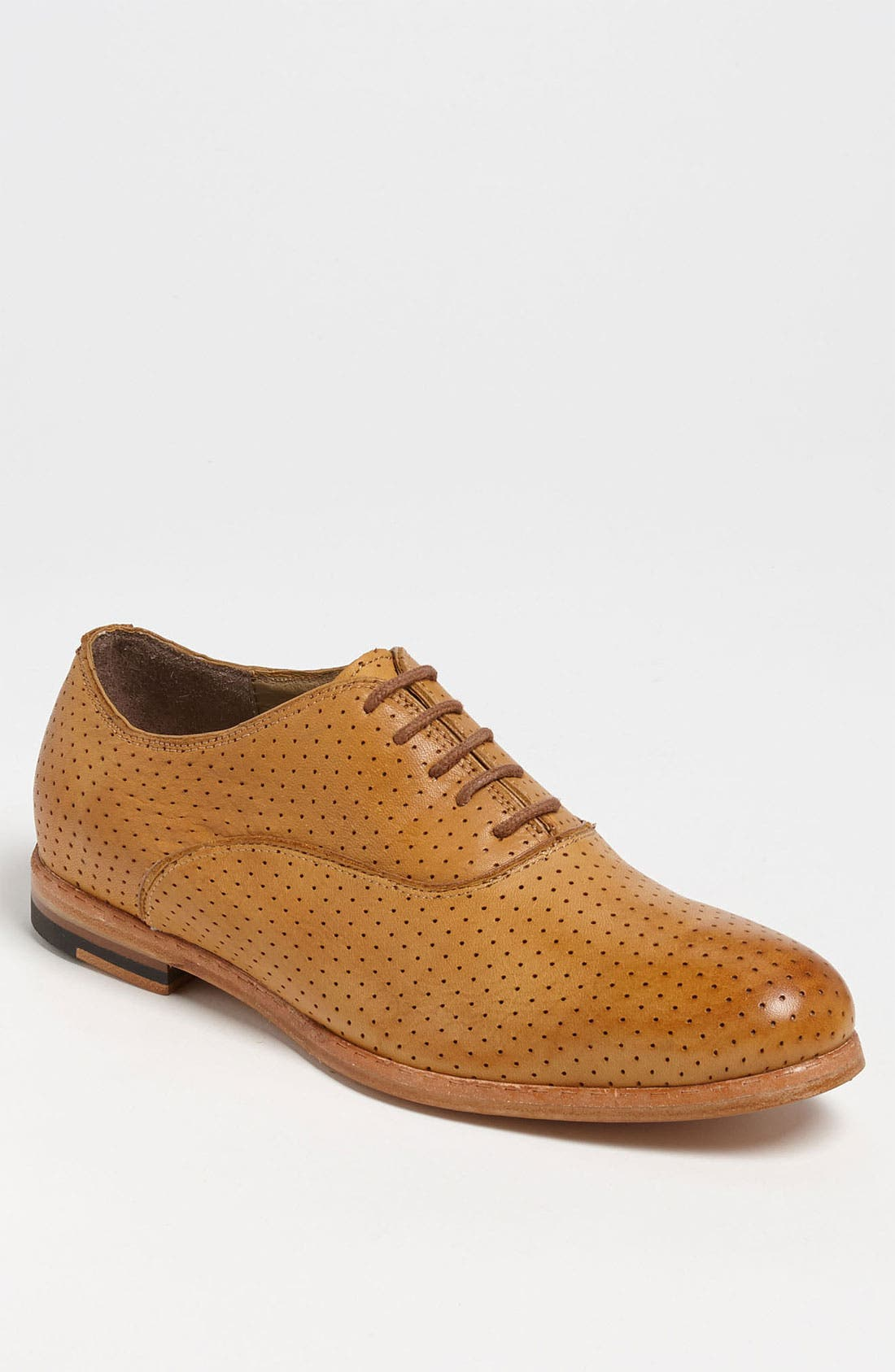 Main Image - J.D. Fisk 'Moore' Perforated Oxford