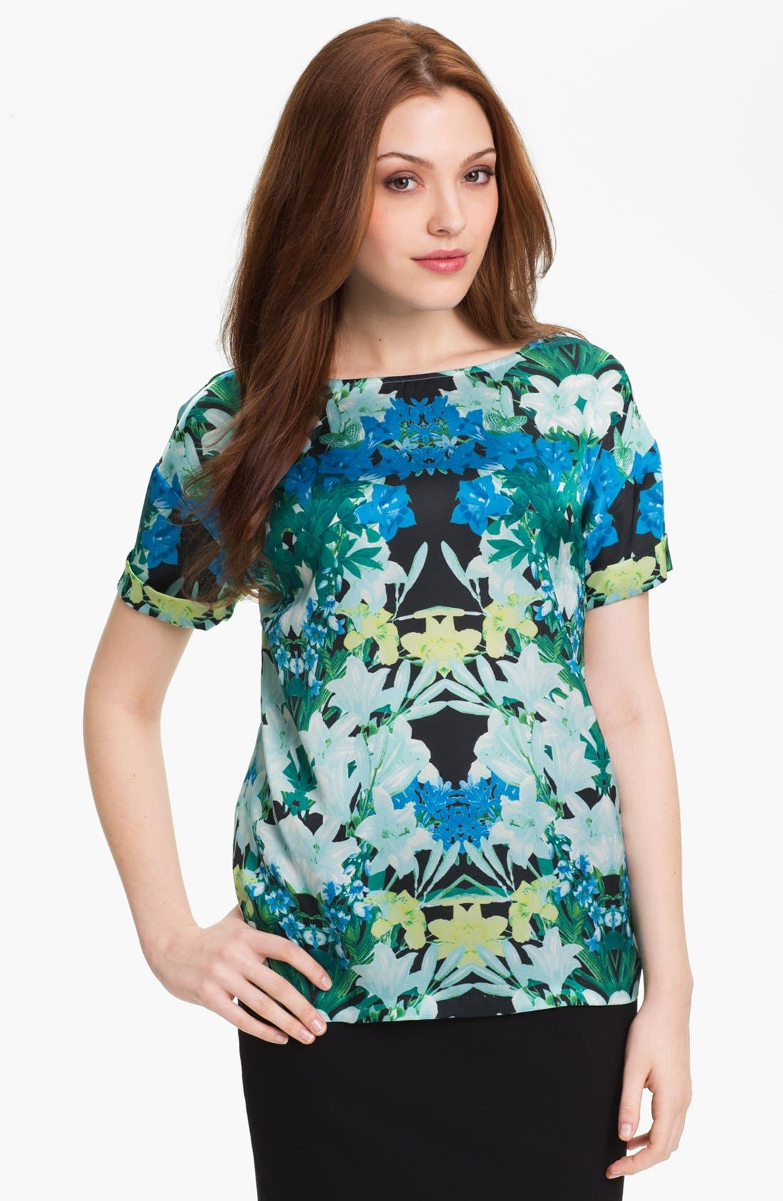 Alternate Image 1 Selected - Vince Camuto 'Spring Garland' Blouse (Petite)
