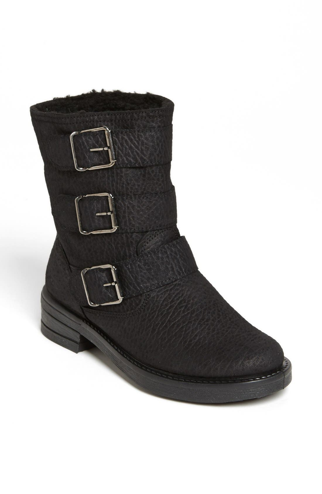 Alternate Image 1 Selected - Topshop 'Marquis' Boot