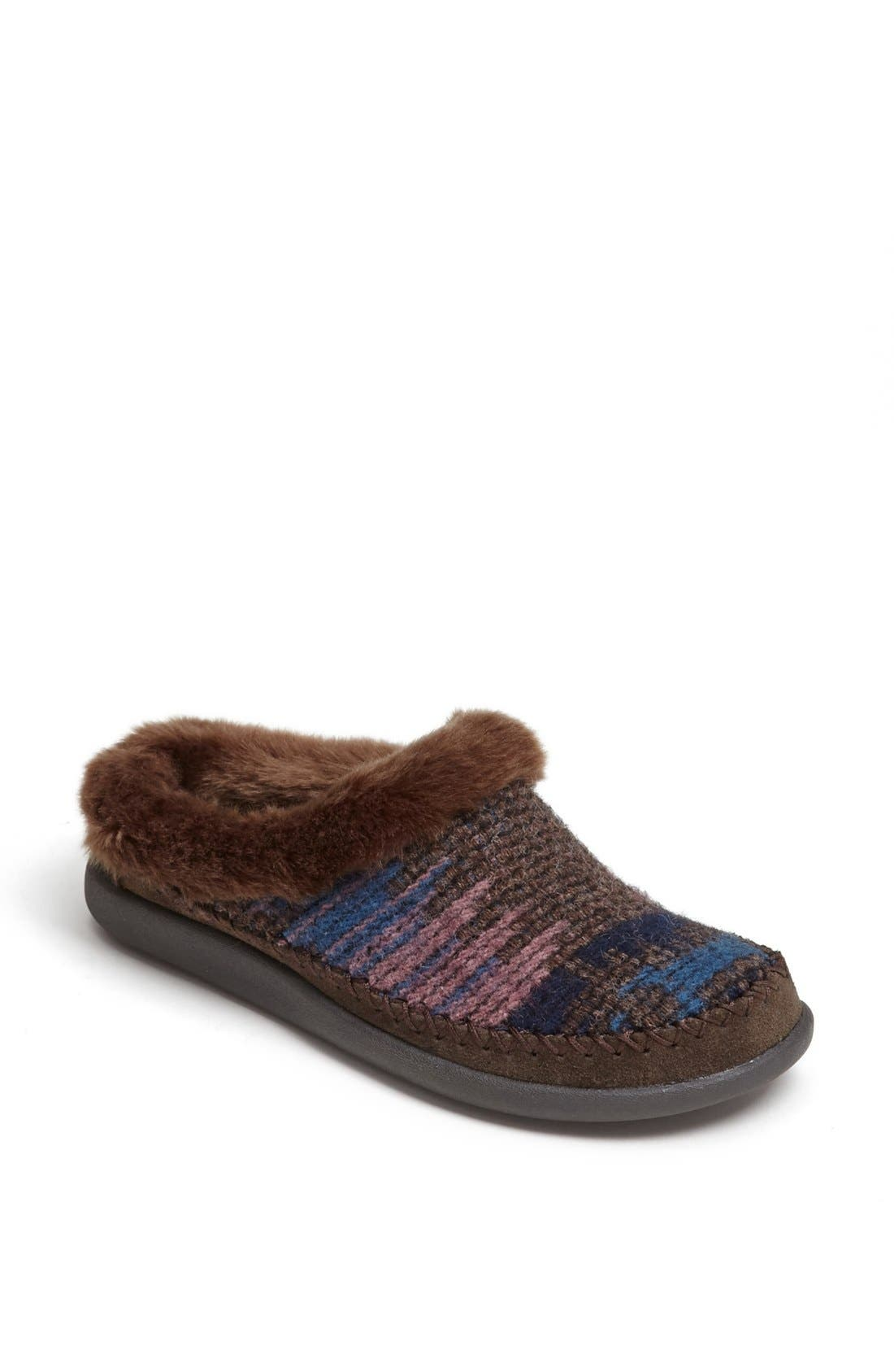 Alternate Image 1 Selected - Woolrich 'Dove Creek' Slipper (Women)