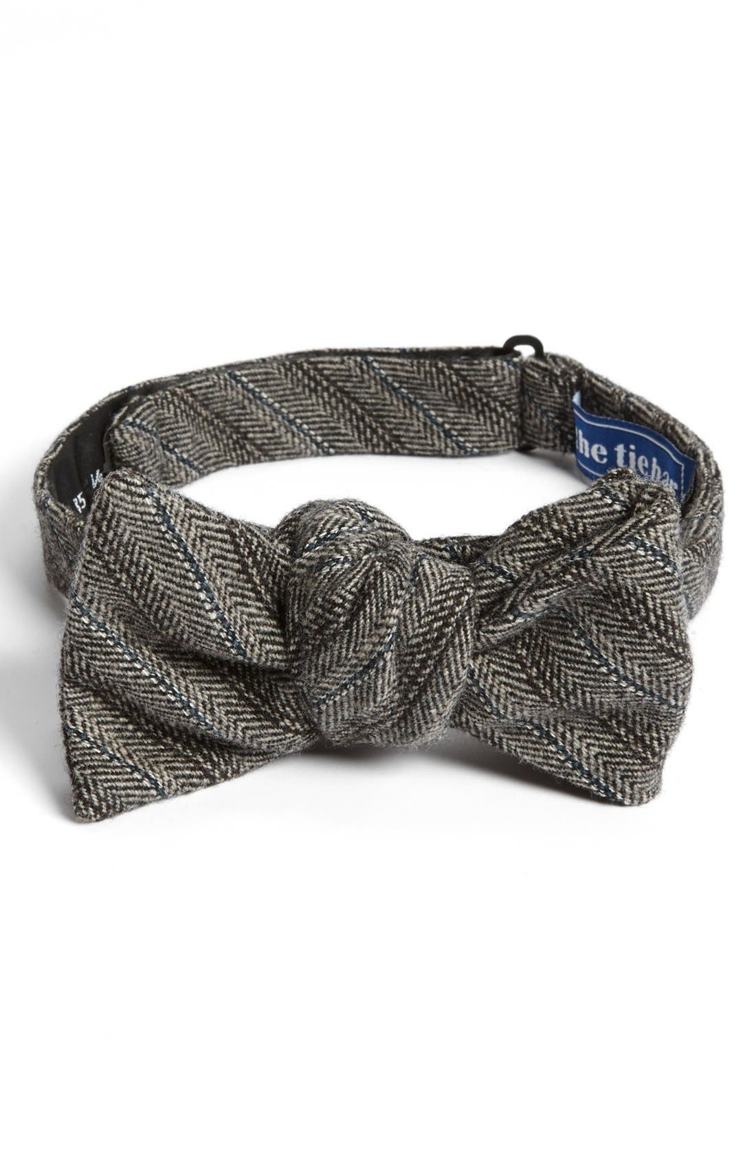 Main Image - The Tie Bar Wool Bow Tie