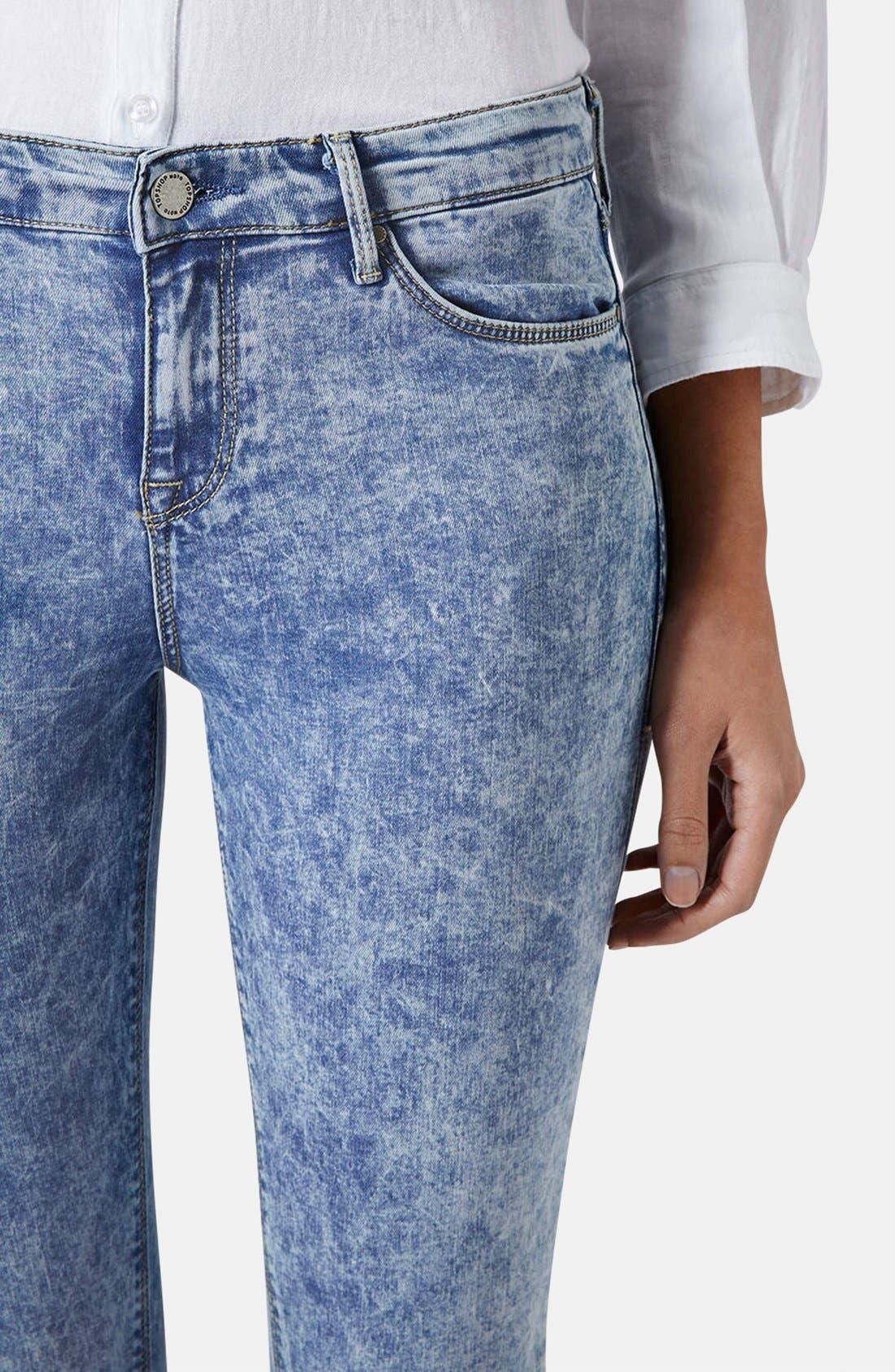 Alternate Image 4  - Topshop Moto 'Leigh' Acid Wash Skinny Jeans (Light Denim) (Petite)