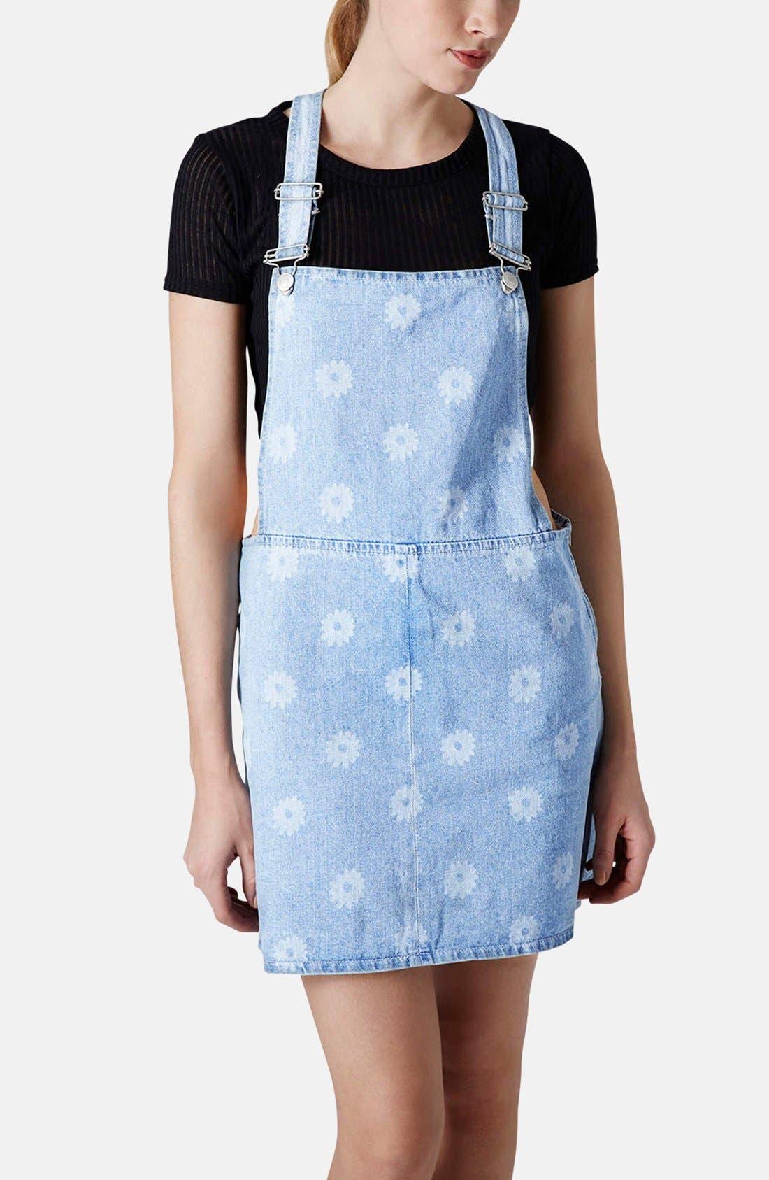 Main Image - Topshop Moto Daisy Print Denim Pinafore Dress