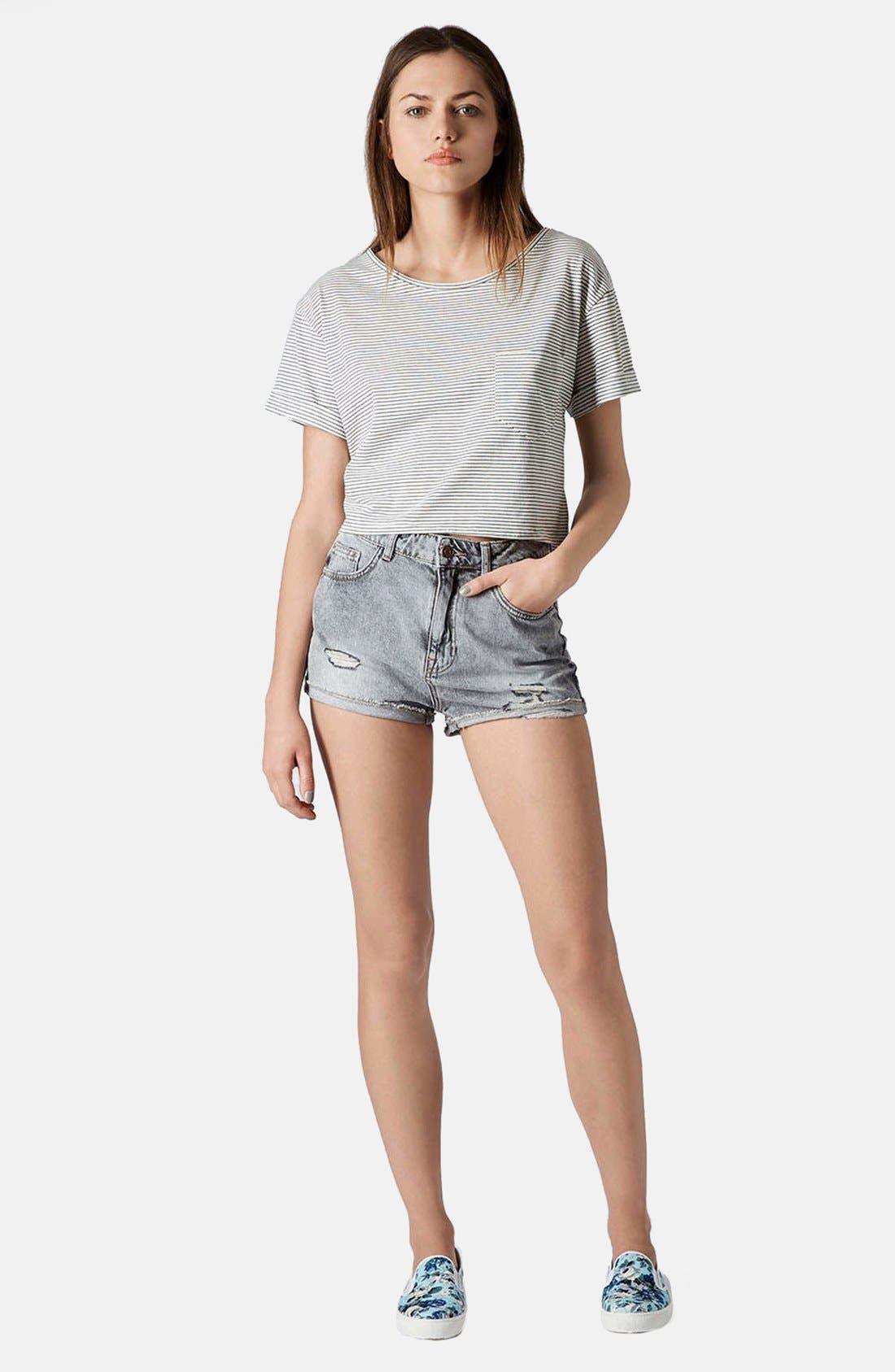 Alternate Image 4  - Topshop Moto 'Hallie' High Rise Acid Wash Denim Shorts (Black)