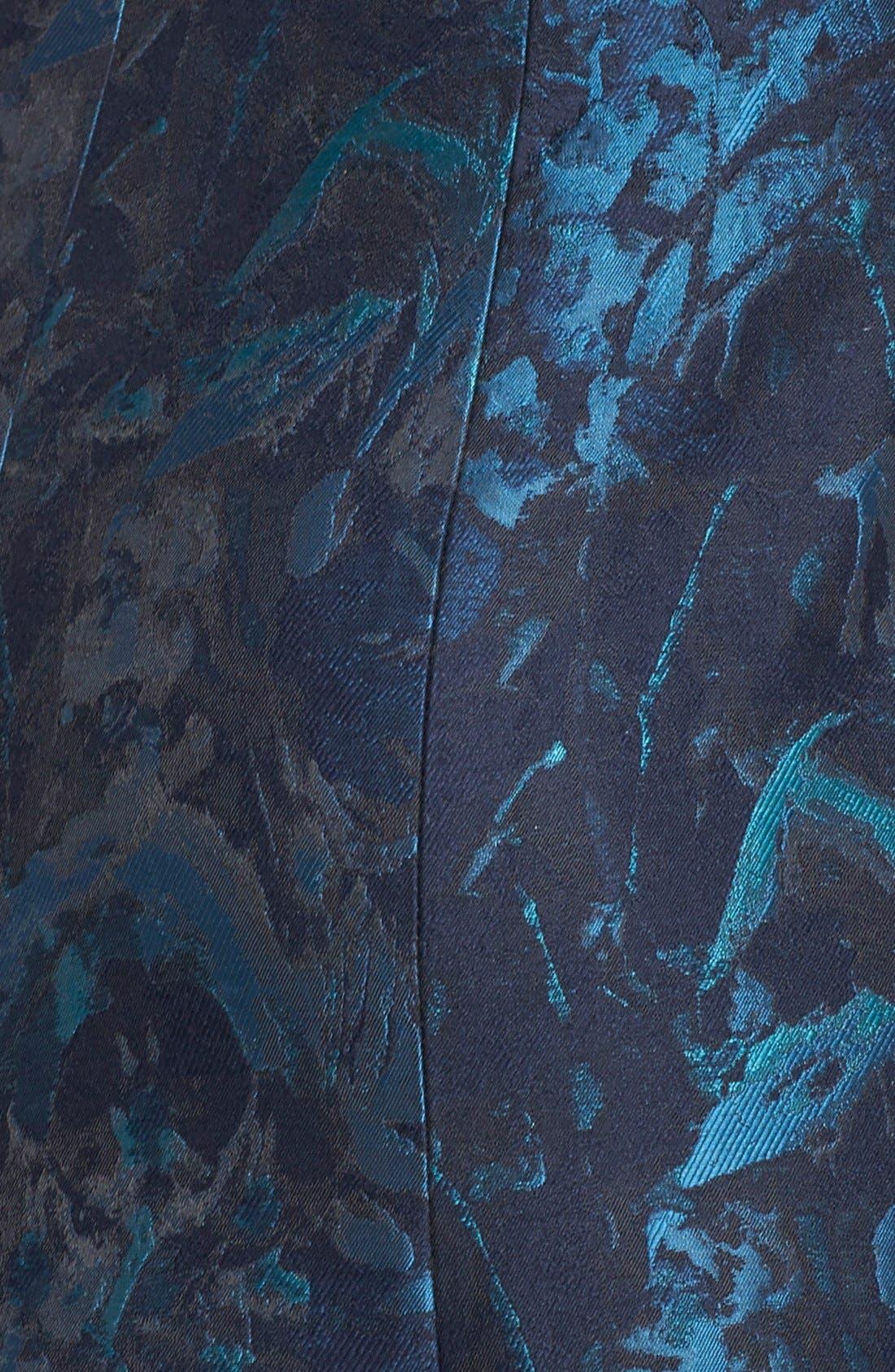 Alternate Image 3  - Vera Wang Sleeveless Plunge Cut V-Neck Silk Jacquard Gown (Women)