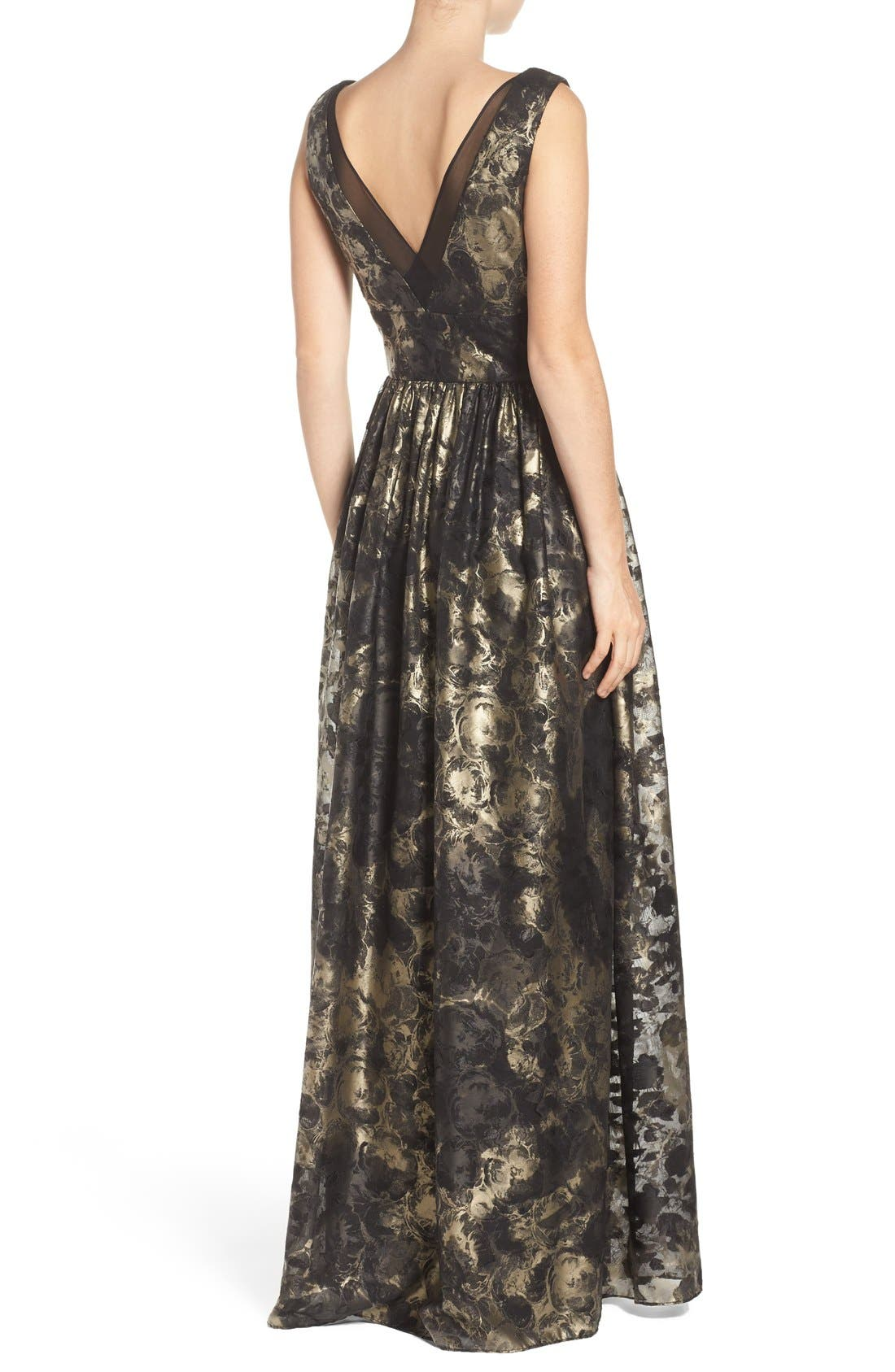 Alternate Image 2  - Vera Wang Metallic Fit & Flare Gown