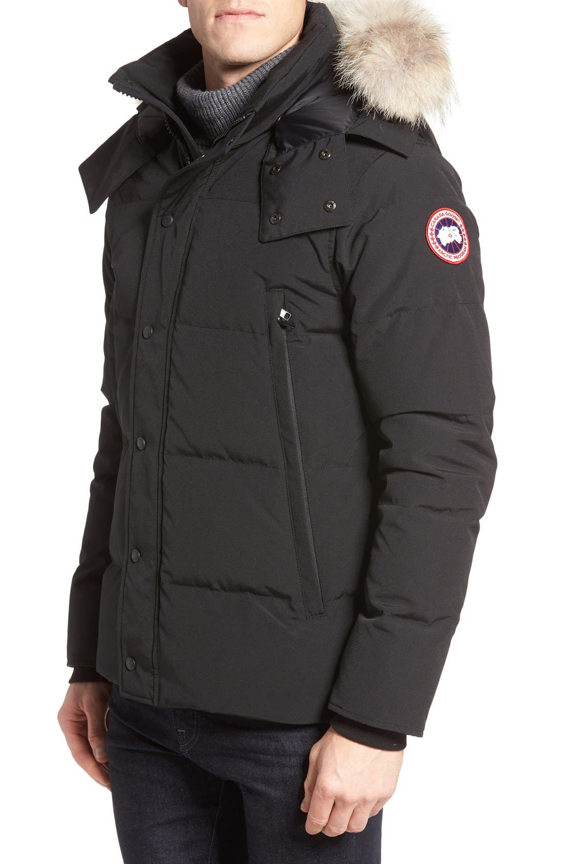Canada Goose Wyndham Slim Fit Genuine Coyote Fur Trim Down Jacket