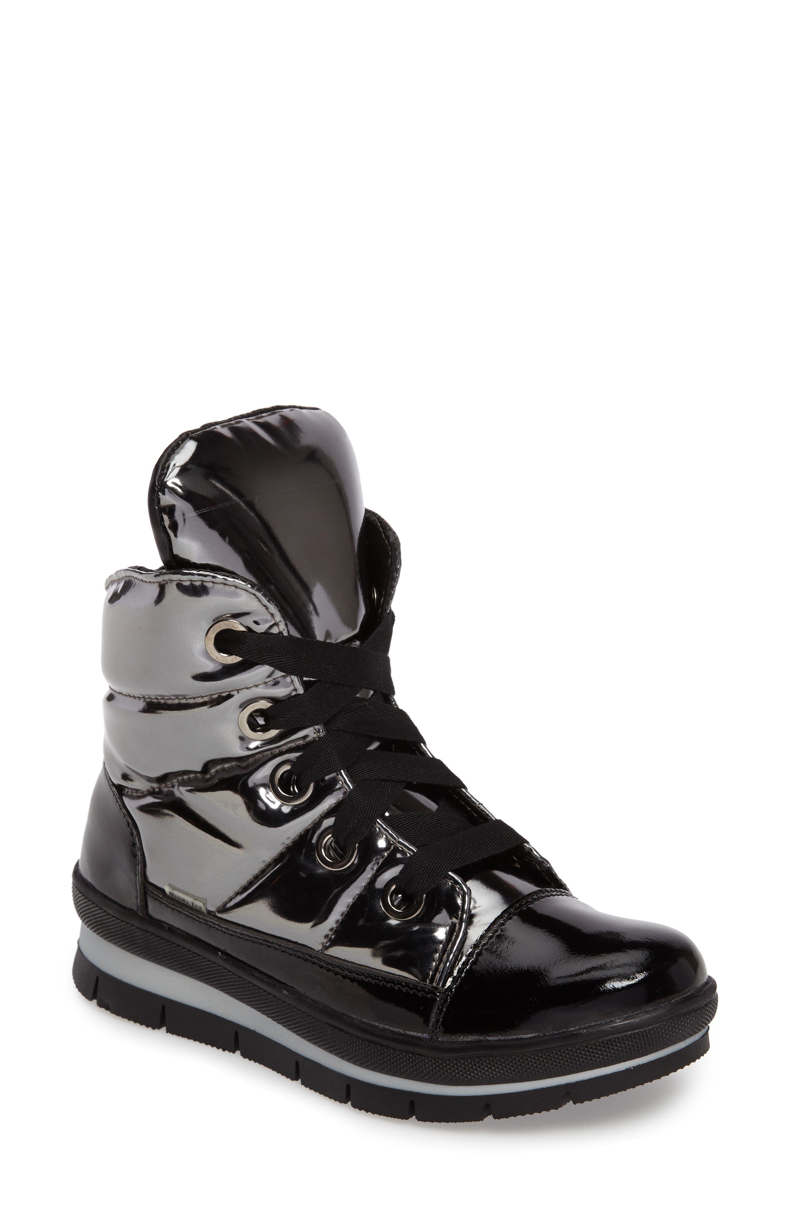 JOG DOG Waterproof Quilted Black & Gold Sneaker