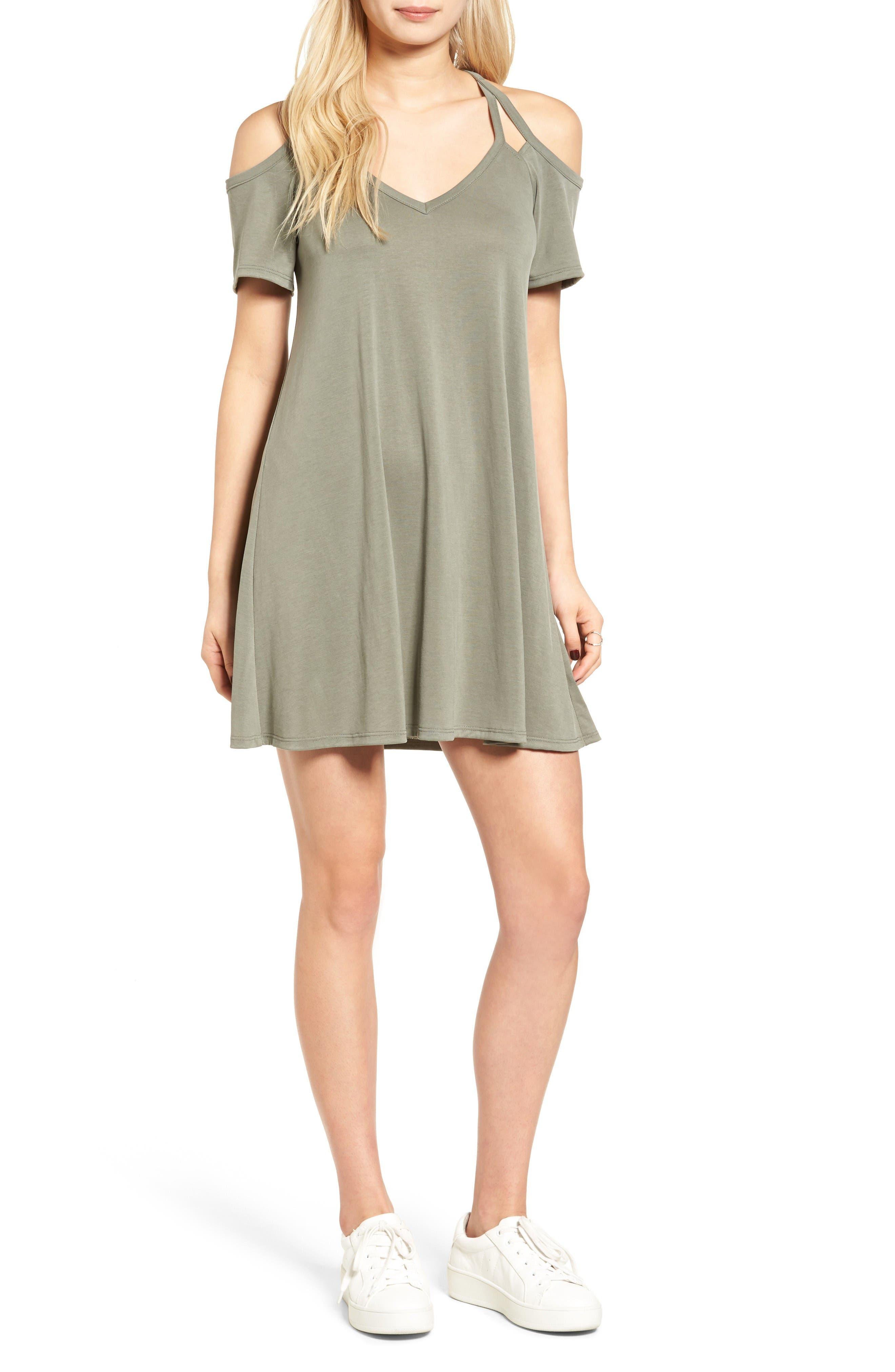 Main Image - Socialite Sofia Cold Shoulder Dress