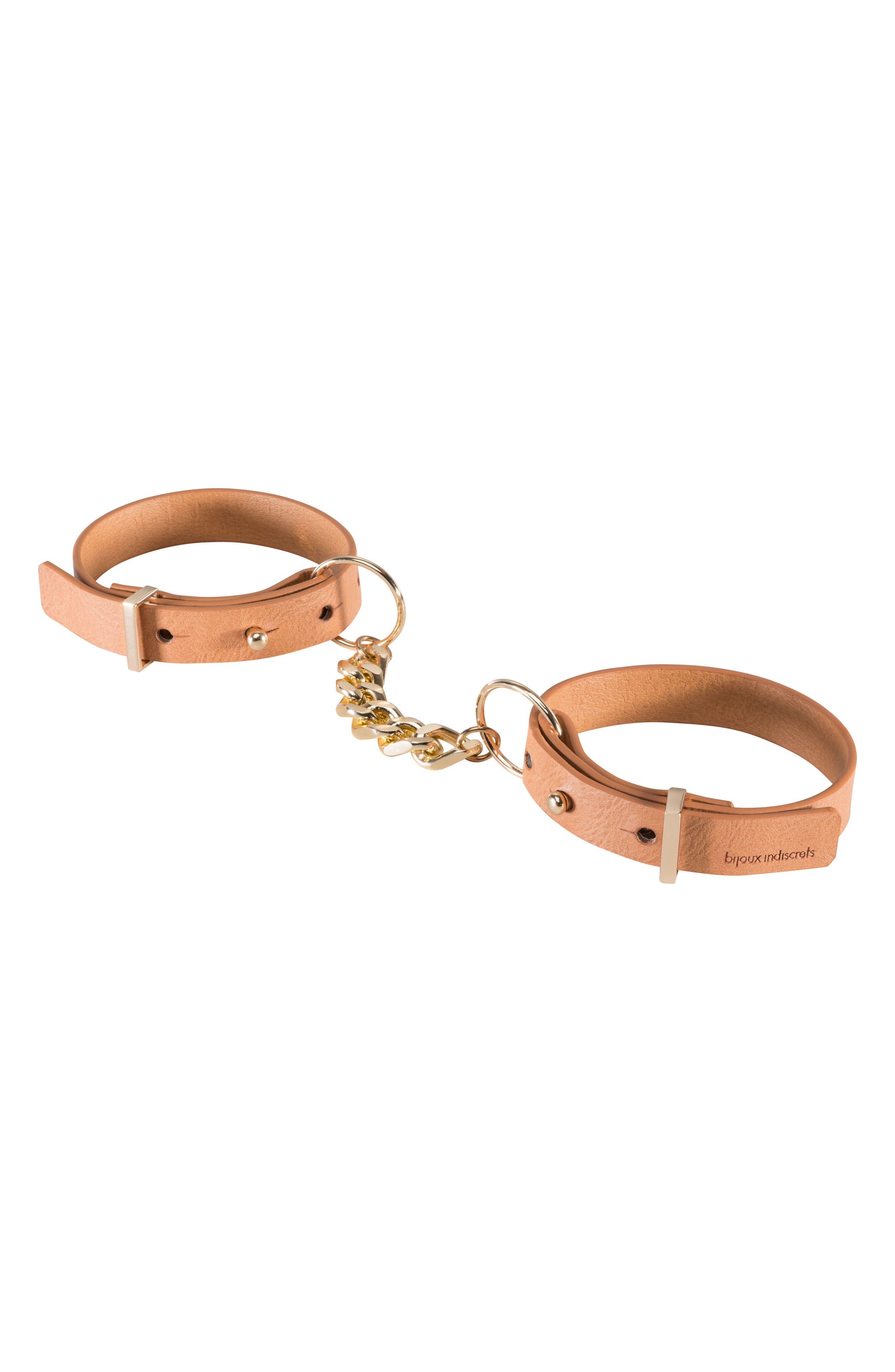 BIJOUX INDISCRETS Maze Handcuffs