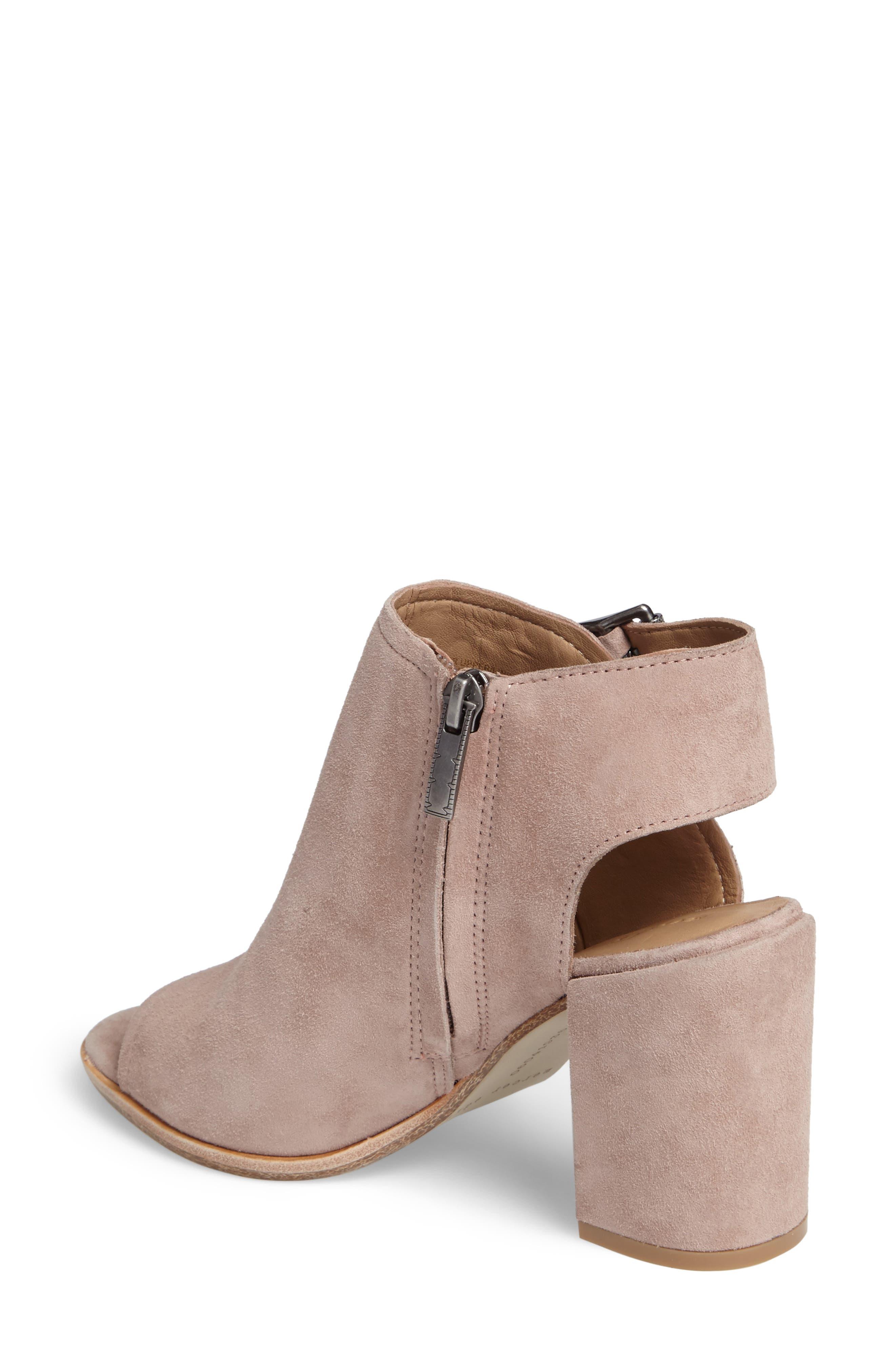 Alternate Image 2  - Mercer Edit MelittleL8 Block Heel Sandal (Women)