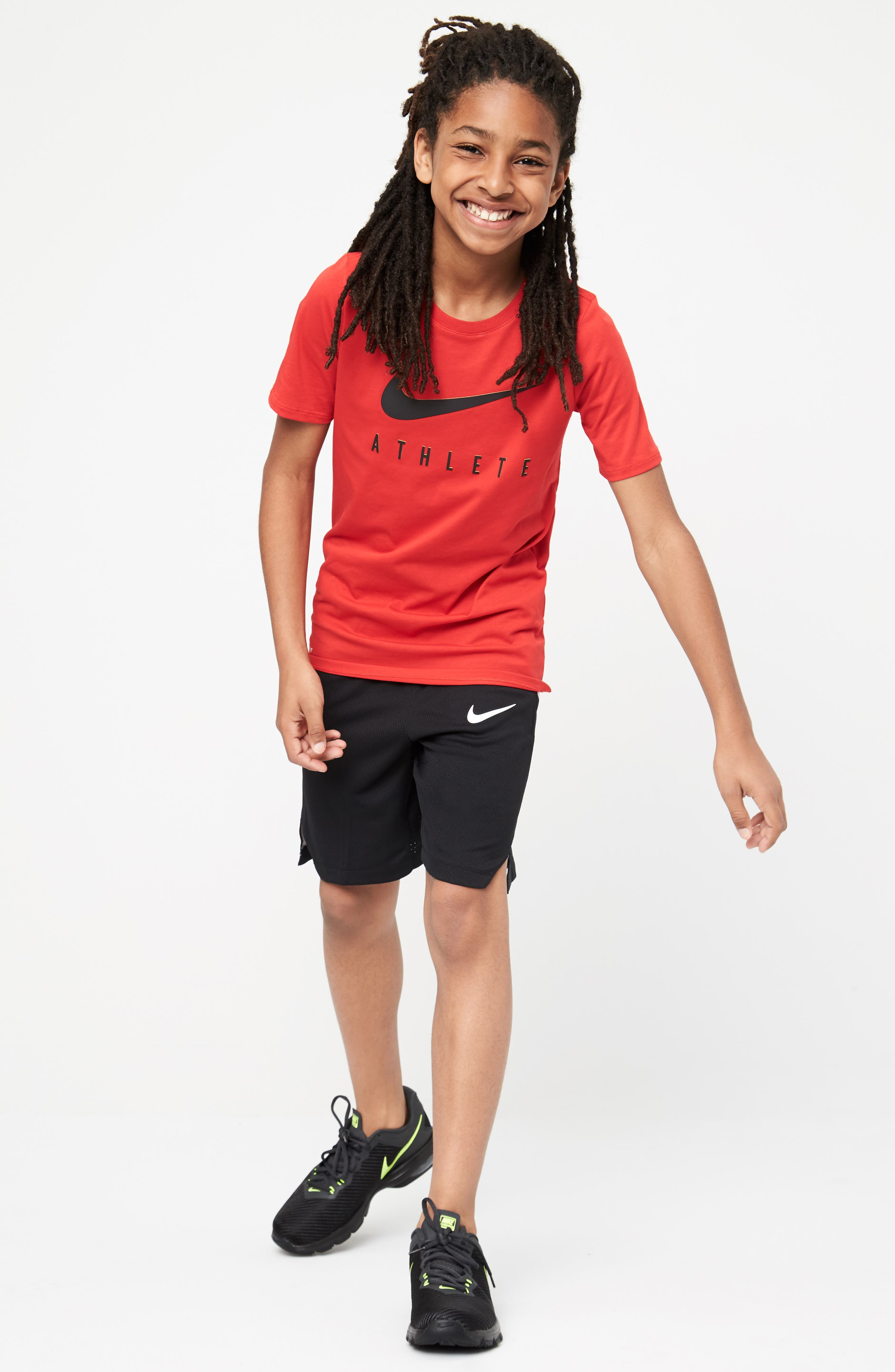 Nike T-Shirt & Shorts Outfit with Accessories (Little Boys & Big Boys)
