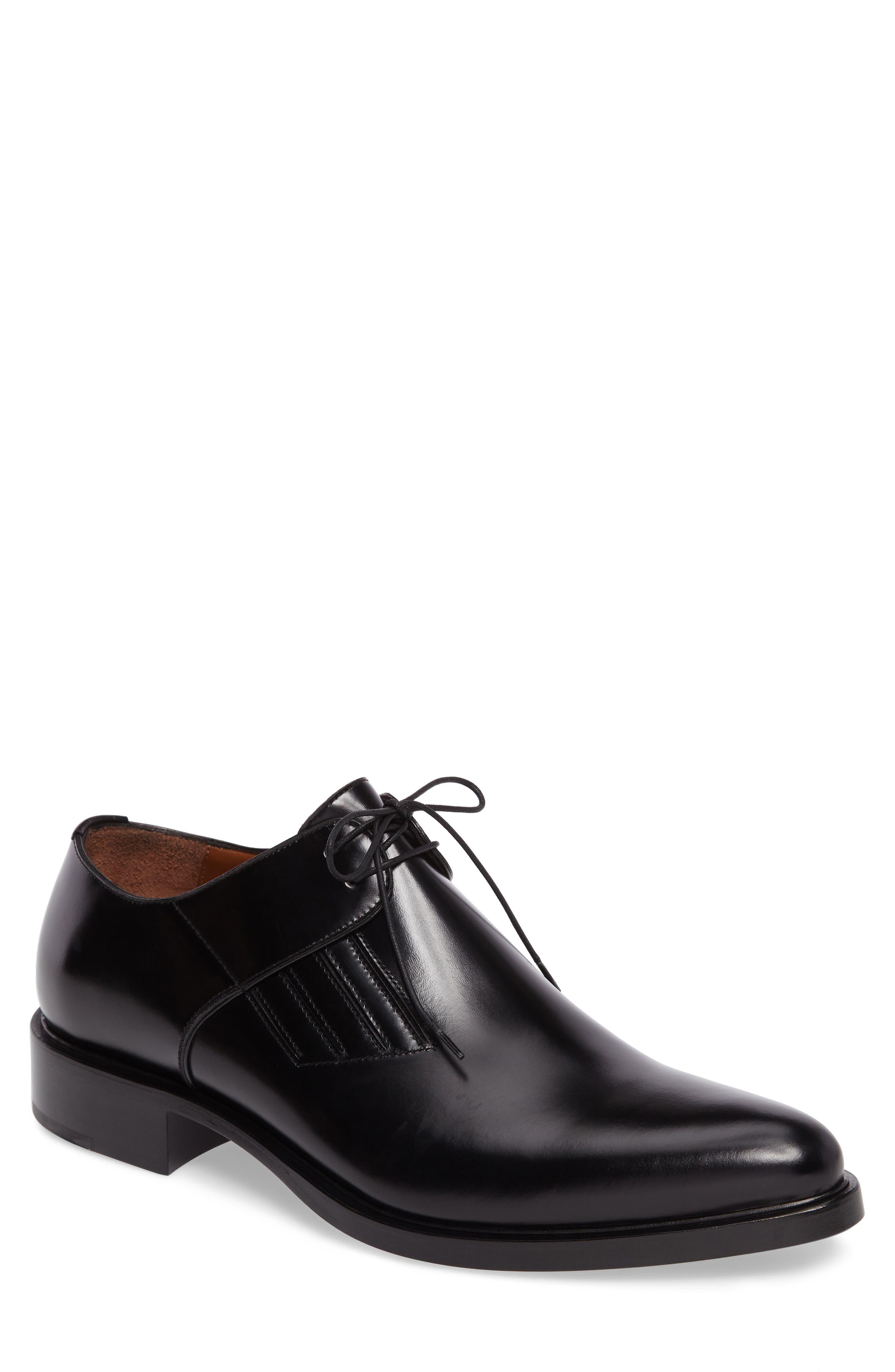 Givenchy Plain Toe Derby (Men)