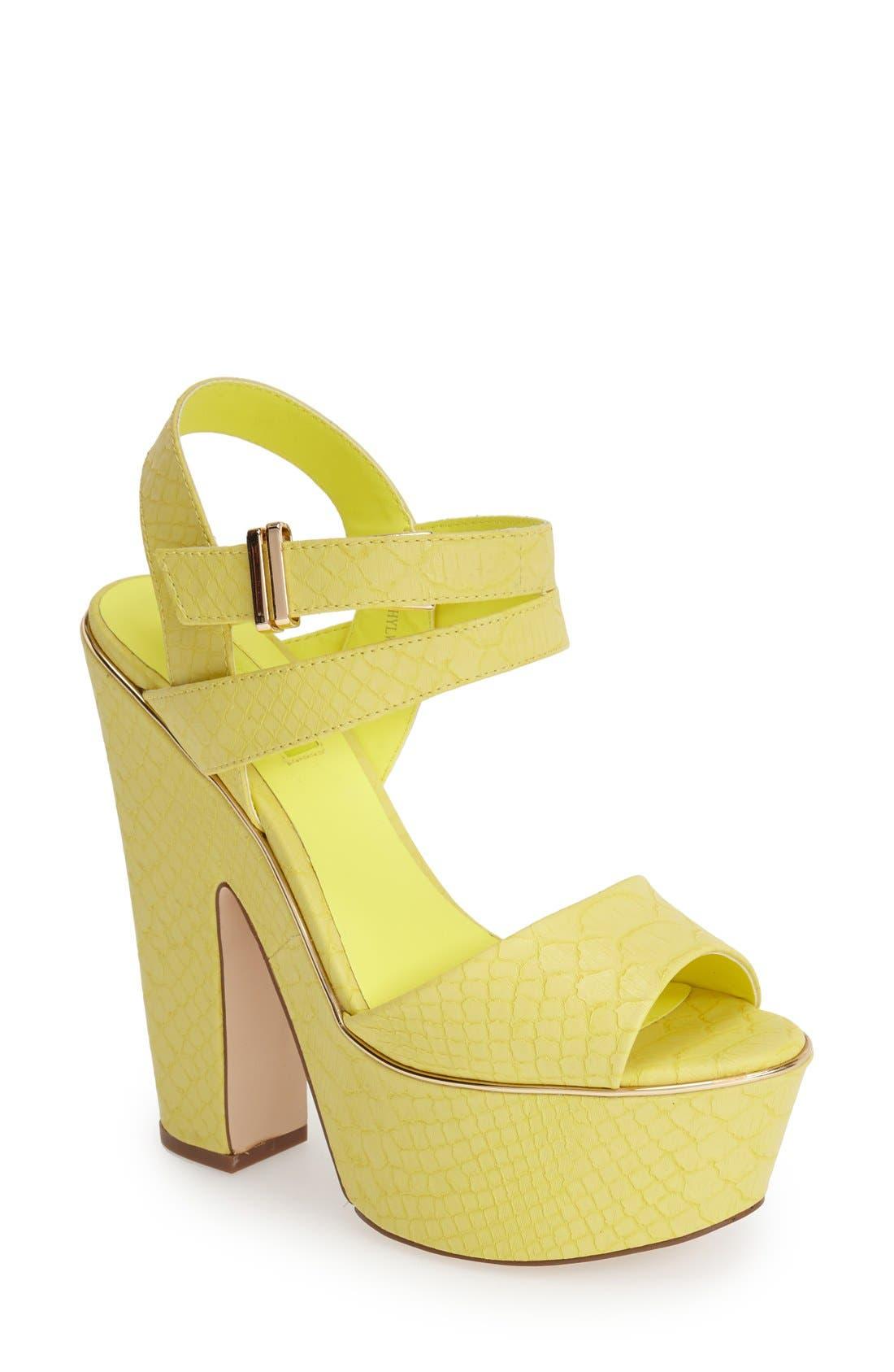 Alternate Image 1 Selected - Topshop 'Lenni2' Platform Sandal (Women)